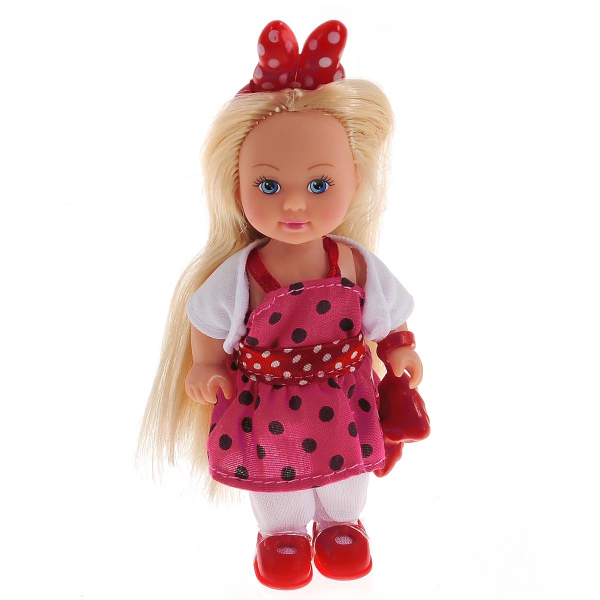 Simba Мини-кукла Еви Minnie Mouse цвет красный белый5746055Кукла Simba Еви: Minnie Mouse порадует любую девочку и надолго увлечет ее. Наряд куклы оформлен в стиле знаменитой героини Диснея Минни Маус. Малышка Еви одета в стильное платье, украшенное принтом в горошек, белое болеро и брюки, на голове у нее - оригинальный бант. Вашей дочурке непременно понравится заплетать длинные белокурые волосы куклы, придумывая разнообразные прически. Руки, ноги и голова куклы подвижны, благодаря чему ей можно придавать разнообразные позы. Игры с куклой способствуют эмоциональному развитию, помогают формировать воображение и художественный вкус, а также разовьют в вашей малышке чувство ответственности и заботы. Великолепное качество исполнения делают эту куколку чудесным подарком к любому празднику.