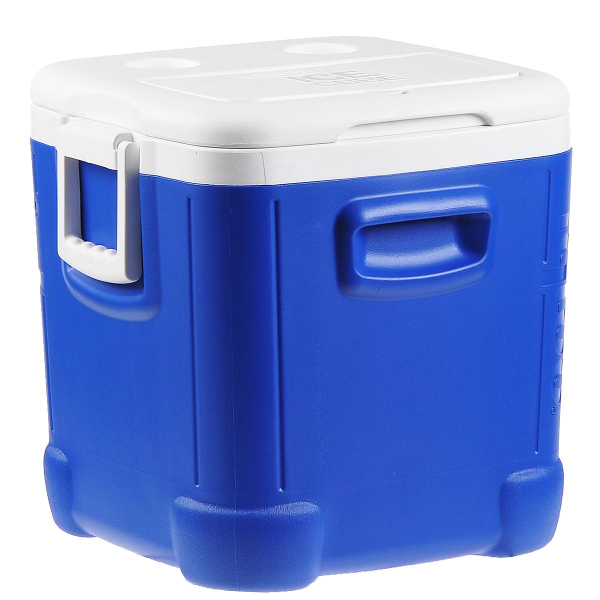 Контейнер изотермический Igloo Ice Cube, 45 л44347Удобный и прочный изотермический контейнер Igloo Ice Cube предназначен для сохранения определенной температуры продуктов во время длительных поездок. Корпус и крышка контейнера изготовлены из высококачественного пластика. Между двойными стенками находится термоизоляционный слой, который обеспечивает сохранение температуры. У контейнера одно большое вместительное отделение и 2 небольших на крышке. Крышка плотно плотно закрывается. Контейнер оснащен 2 ручками по бокам для переноски. При использовании аккумулятора холода контейнер обеспечивает сохранение продуктов холодными до 24 часов. Контейнер такого размера идеально подойдет для пикника или для поездки на дачу, или просто для длительной поездки. Контейнеры Igloo Ice Cube можно использовать не только для сохранения холодных продуктов, но и для транспортировки горячих блюд. В этом случае аккумуляторы нагреваются в горячей воде (температура около...