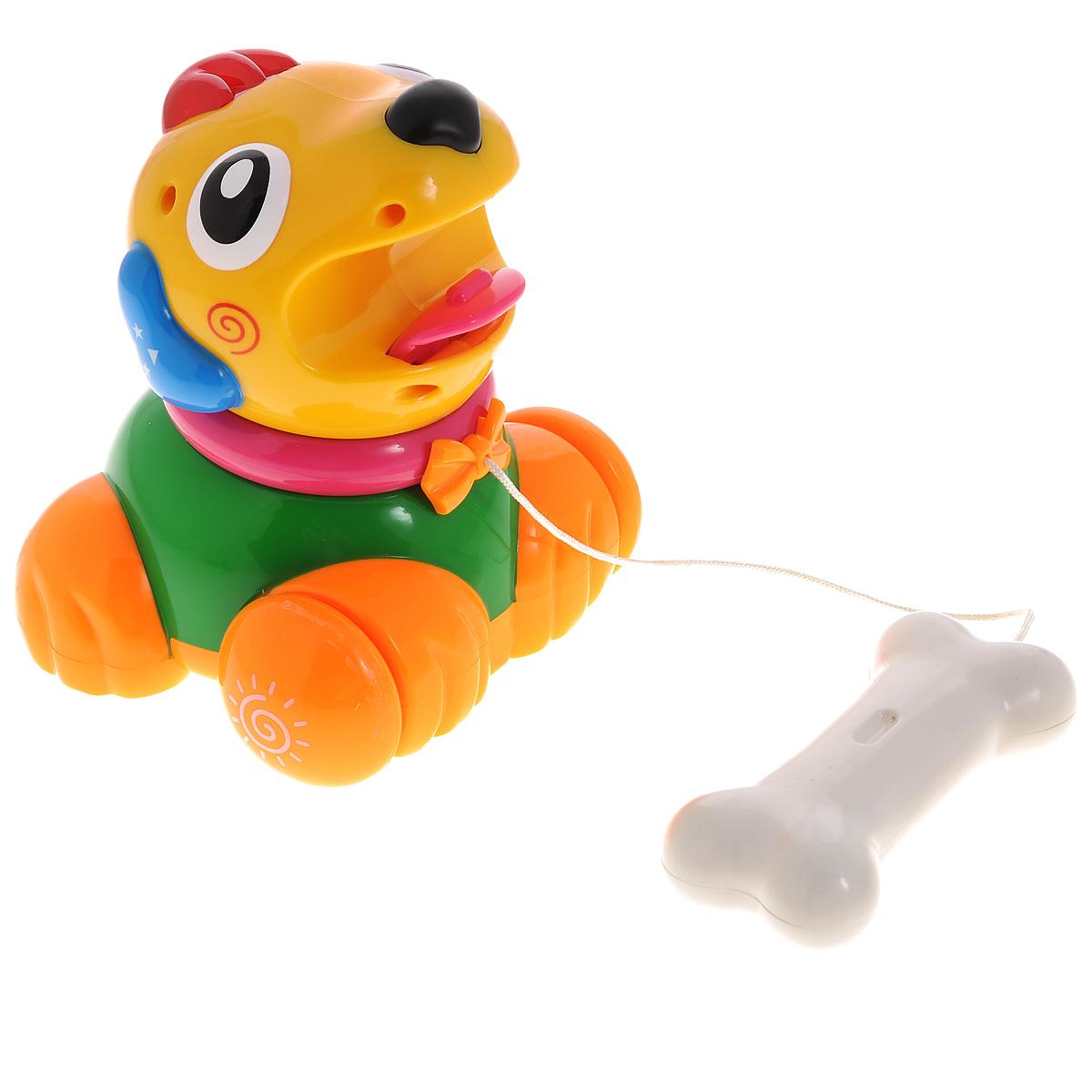 Развивающая игрушка Малышарики Щенок с косточкой, цвет: зеленый, желтый, оранжевыйMSH0303-014Развивающая игрушка Щенок с косточкой поможет малышу ближе познакомиться с миром звуков. Развивает мелкую моторику и слуховое восприятие. Игра станет еще интересней благодаря световым эффектам. Игрушка выполнена в ярком дизайне и из безопасных материалов. Игрушка развивает мелкую моторику рук, координацию движений, слух и цветовое восприятие. С первых месяцев жизни малыш начинает интересоваться яркими, подвижными предметами, ведь они являются его главными помощниками в изучении нашего удивительного мира. Забавная игрушка поможет малышу научиться фокусировать внимание. Игрушка развивает мелкую моторику и слуховое восприятие. Работает от 2х батареек типа АА (в комплект не входят).