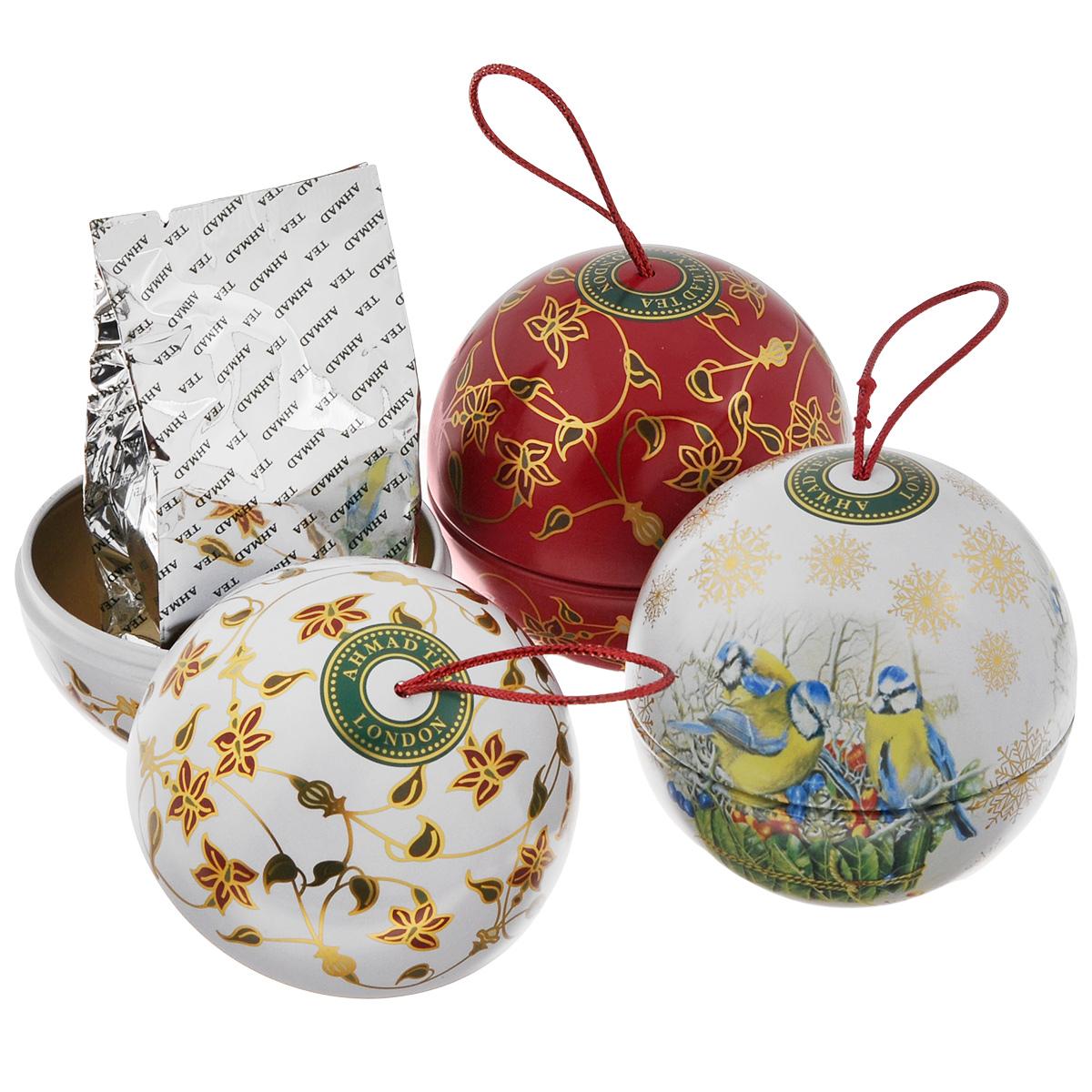 Ahmad Tea Christmas Tree набор ароматизированного чая, 3х30 г1371Набор чайный Ahmad Tea Christmas Tree. В набор входят: Winter Prune / Зимний Чернослив Сладкий насыщенный, с легкой кислинкой вкус чернослива обрамляет букет восхитительного китайского черного чая, подобно прозрачному бриллианту в драгоценной оправе. Novel Thyme / Благородный Чабрец Ароматный дикий чабрец и душистая спелая клубника в деликатном сочетании с лучшим листовым зеленым чаем из Китая напомнит о летних жарких днях. Ароматный дикий чабрец и душистая спелая клубника в деликатном сочетании с лучшим листовым зеленым чаем из Китая напомнит о летних жарких днях. Yunnan Mist / Юньнань Мист Юньнань Мист, происходящий из легендарной китайской провинции Юньнань, исторической родины чая, обладает уникальным пикантным вкусом, дымным ароматом и ярко-золотистым цветом настоя. Внимание! Подарочная упаковка в виде шаров поставляется в ассортименте и может отличаться от представленной на фото.