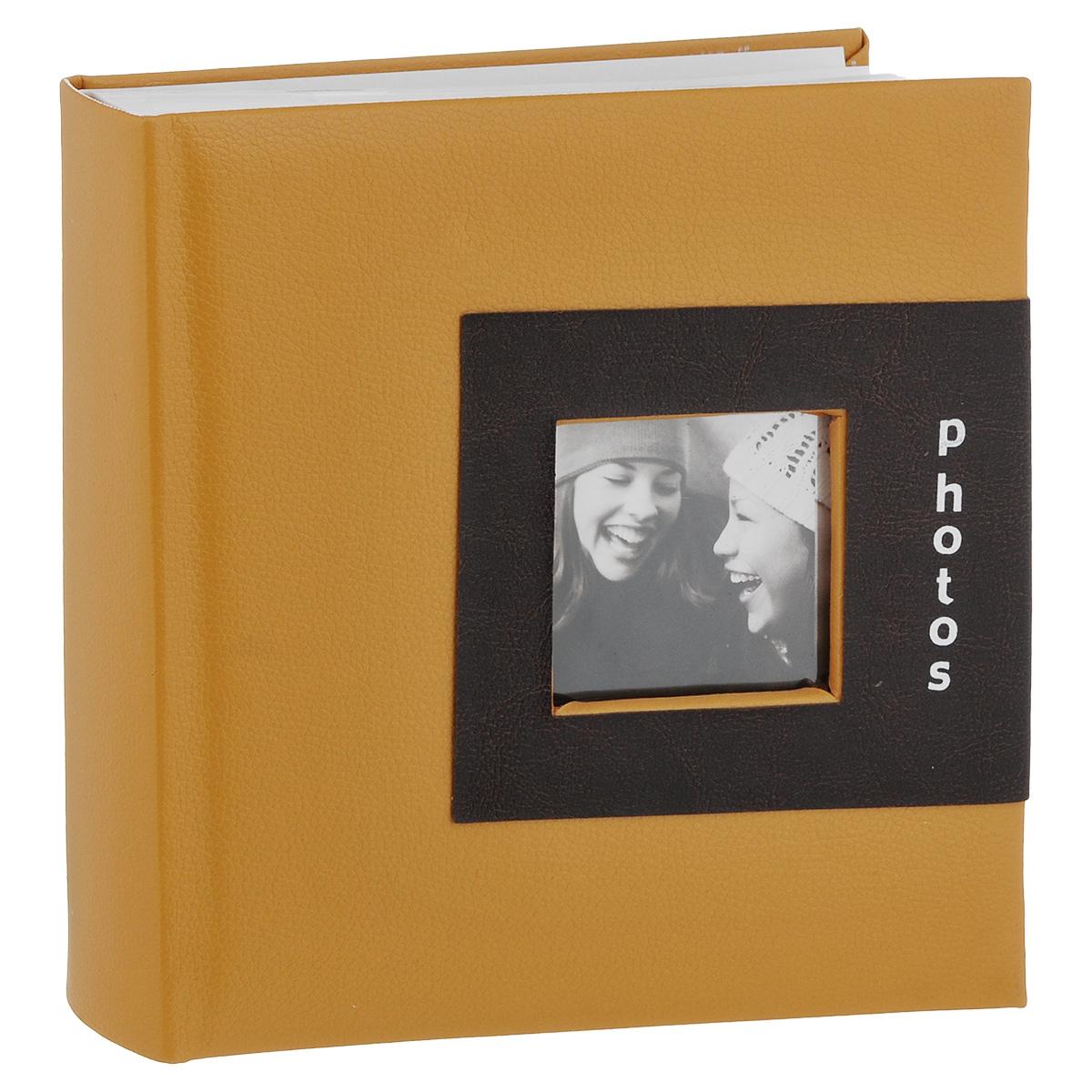 Фотоальбом Image Art, цвет: бежевый, 200 фотографий, 10 x 15 см C0039252C0039252Фотоальбом Image Art поможет красиво оформить ваши фотографии. Обложка выполнена из толстого картона с обивкой из искусственной кожи. Внутри содержится блок из 50 белых листов с фиксаторами-окошками из полипропилена. Альбом рассчитан на 200 фотографий формата 10 см х 15 см (по 2 фотографии на странице). Для фотографий предусмотрено поле для записей. Переплет - книжный. Нам всегда так приятно вспоминать о самых счастливых моментах жизни, запечатленных на фотографиях. Поэтому фотоальбом является универсальным подарком к любому празднику. Количество листов: 50.