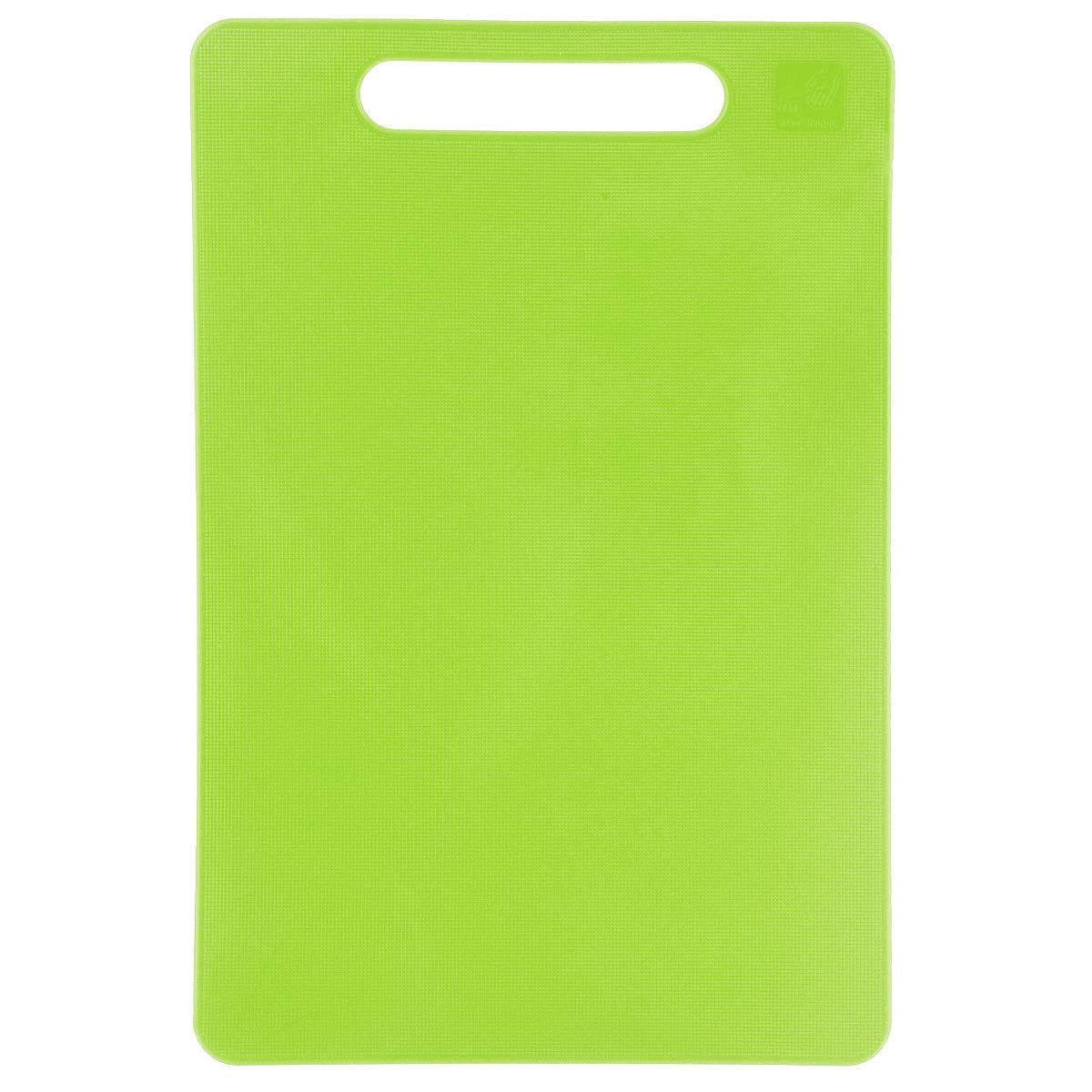 Доска разделочная Kesper, цвет: зеленый, 24 см х 15 см3046-1Яркая разделочная доска Kesper прекрасно подходит для разделки всех видов пищевых продуктов. Изготовлена из одноцветного прочного пластика. Изделие оснащено отверстием для подвешивания на крючок. Можно мыть в посудомоечной машине.