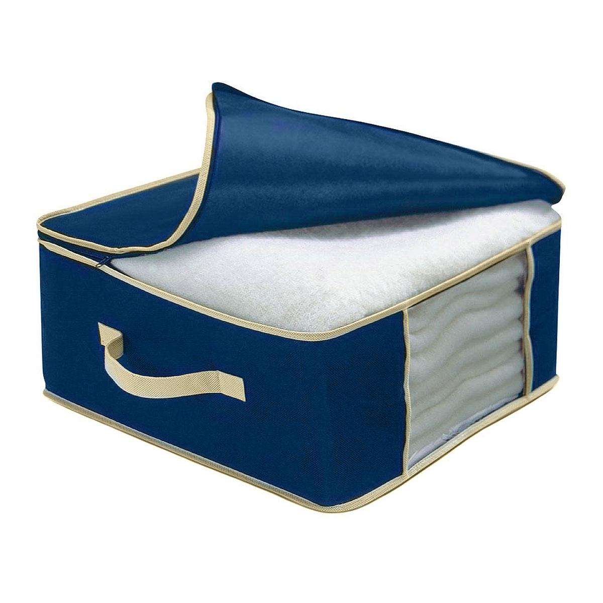 Чехол для одеяла Cosatto, цвет: синий, 45 х 45 х 20 смCOVLCAT050Чехол для одеяла Cosatto изготовлен из дышащего нетканого материала (полипропилена), безопасного в использовании. Подходит для одинарных шерстяных или одинарных пуховых одеял. Имеет прозрачное окно и застежку-молнию по периметру, а также ручку для переноски.