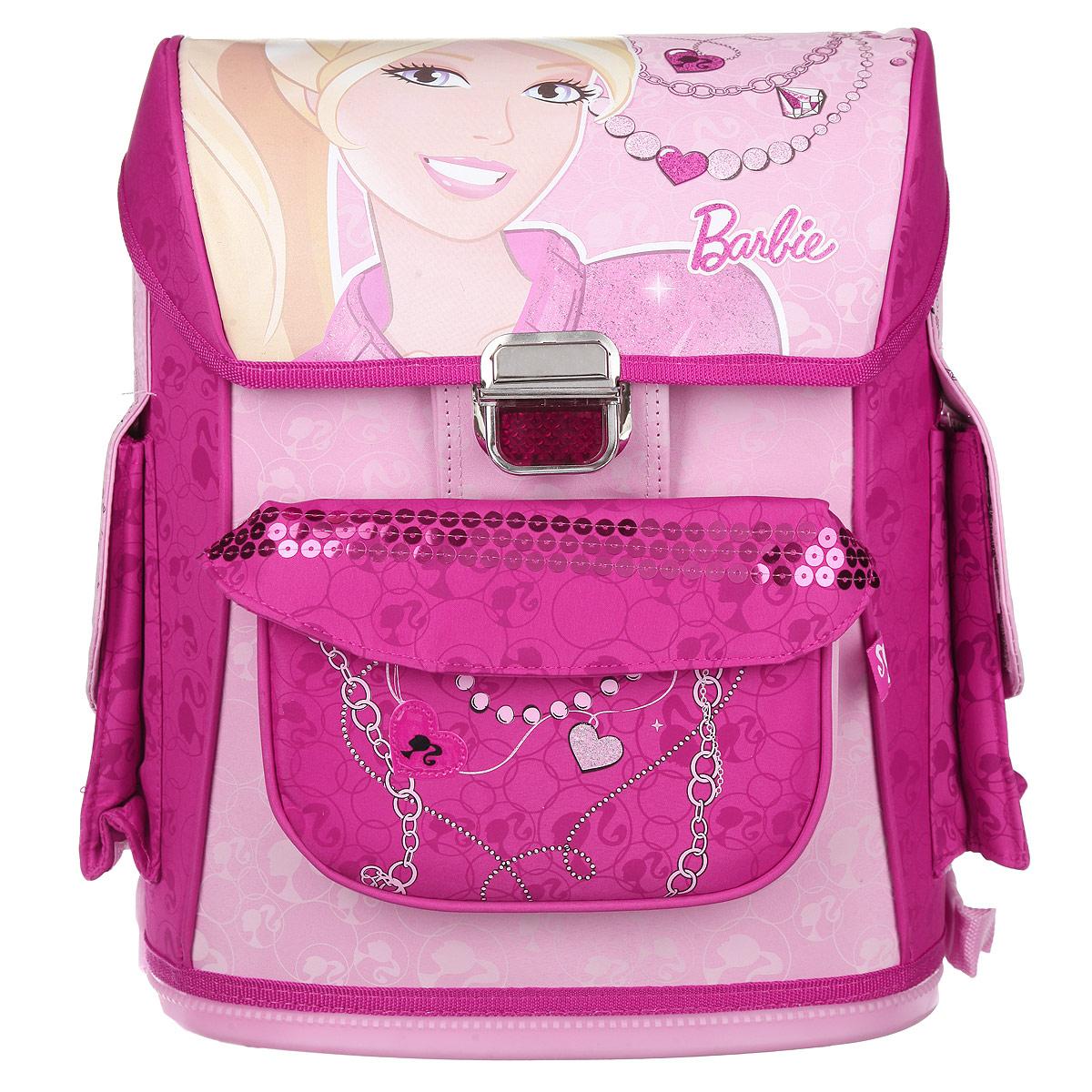 Ранец школьный Barbie, цвет: розовый. BRDLR-12T-568BRDLR-12T-568Школьный ранец Barbie обязательно привлечет внимание вашей школьницы. Выполнен из прочного износоустойчивого материала и оформлен изображением куклы Барби. Содержит одно вместительное отделение, закрывающееся клапаном на замок-защелку. Внутри отделения имеются две мягкие перегородки для тетрадей или учебников и небольшой кармашек на застежке-молнии. Клапан полностью откидывается, что существенно облегчает пользование ранцем. На внутренней части клапана находится прозрачный пластиковый кармашек, в который можно поместить расписание занятий. Ранец имеет два боковых кармана, закрывающиеся клапаном на липучке. Лицевая сторона ранца оснащена накладным карманом также на липучке. Конструкция спинки дополнена эргономичными подушечками, противоскользящей сеточкой и системой вентиляции для предотвращения запотевания спины ребенка. Мягкие широкие лямки позволяют легко и быстро отрегулировать рюкзак в соответствии с ростом. Ранец оснащен текстильной ручкой для удобной...