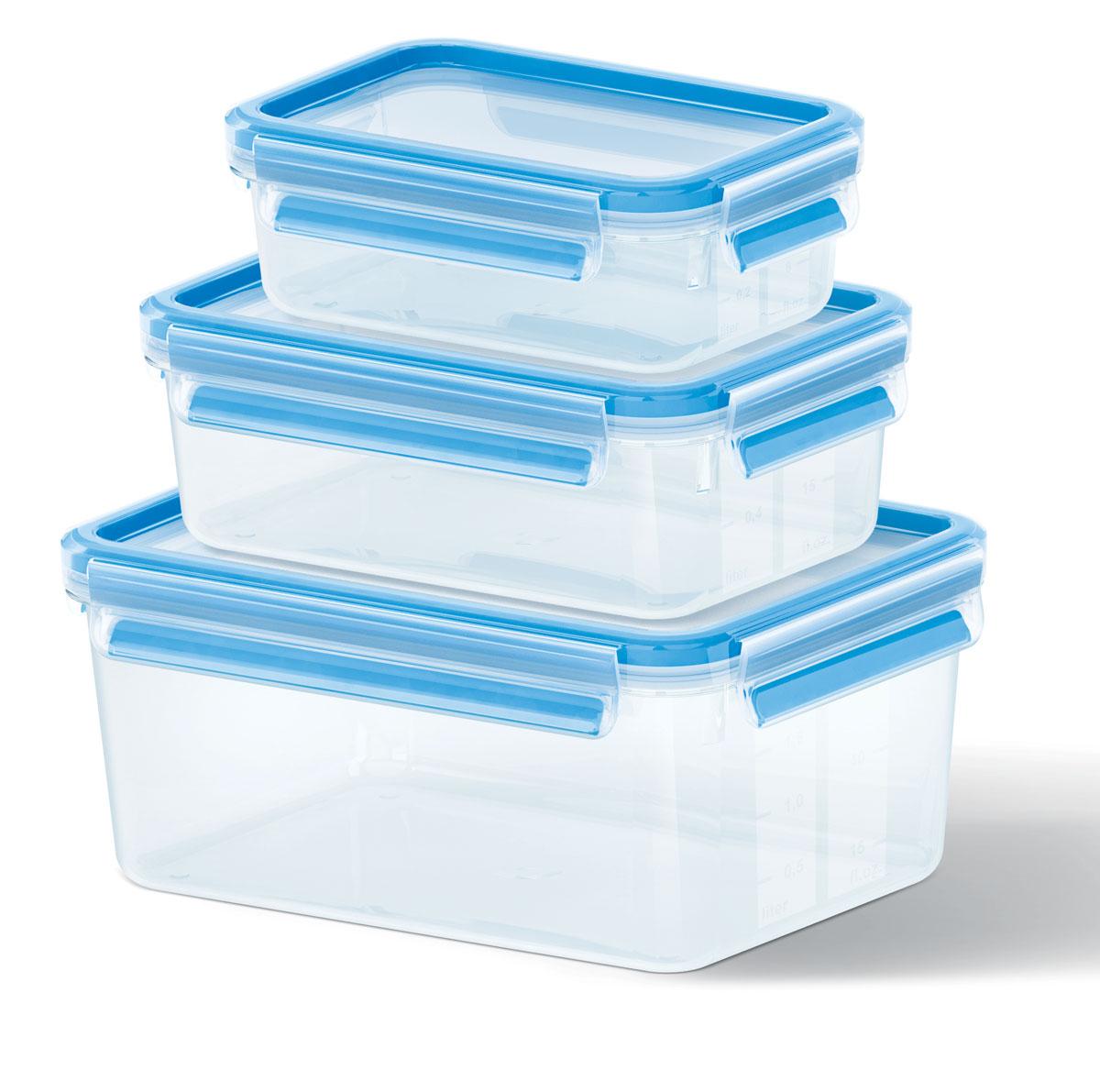 Набор контейнеров Emsa Clip&Close, 3 шт508566Набор Emsa Clip&Close состоит из трех контейнеров разного объема, изготовленных из высококачественного пищевого пластика, который выдерживает температуру от -40°С до +110°С, не впитывает запахи и не изменяет цвет. Это абсолютно гигиеничный продукт, который подходит для хранения даже детского питания. Изделия снабжены крышками, плотно закрывающимися на 4 защелки. Герметичность достигается за счет специальных силиконовых прослоек, которые позволяют использовать контейнер для хранения не только пищи, но и жидкости. В таком контейнере продукты долгое время сохраняют свою свежесть. Прозрачные стенки позволяют просматривать содержимое. Сбоку имеются отметки литража. Изделия подходят для домашнего использования, для пикников, поездок, такие контейнеры удобно брать с собой на работу или учебу. Можно использовать в СВЧ-печах, холодильниках, посудомоечных машинах, морозильных камерах. Объем контейнеров: 0,55 л, 1 л, 2,3 л. Размер контейнеров: 16...