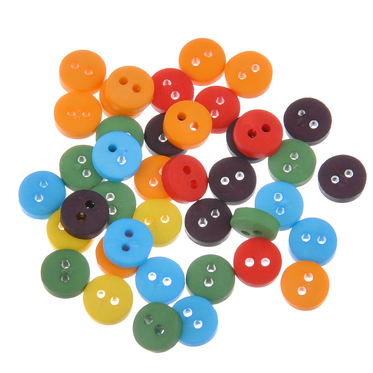 Пуговицы декоративные Buttons Galore & More Tiny Buttons, цвет: оранжевый, голубой, зеленый, диаметр 6 мм, 40 шт7708716Набор Buttons Galore & More Tiny Buttons состоит из круглых декоративных пуговиц, выполненных из пластика. Такие пуговицы подходят для любых видов творчества: скрапбукинга, декорирования, шитья, изготовления кукол, а также для оформления одежды. С их помощью вы сможете украсить открытку, фотографию, альбом, подарок и другие предметы ручной работы. Пуговицы разных цветов имеют оригинальный и яркий дизайн. Диаметр пу