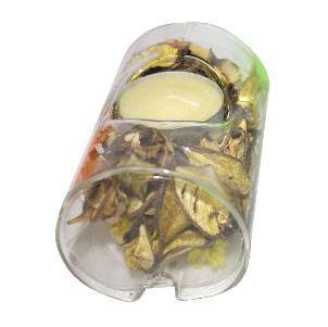 Саше для ароматизации воздуха Lillo, со свечой, цвет: желтыйAF 97262Натуральное саше Lillo представляет собой пластиковую емкость с высушенными ароматическими лепестками, шишками и цветами. Оно идеально подойдет для освежения помещений вашего дома. Также саше можно насыпать в красивую вазу и придать вашему интерьеру оригинальный вид. В комплекте имеется чайная свеча. Размер емкости: 9,5 х 6,3 х 5,7 см. Диаметр свечи: 3,5 см. Высота свечи: 1,5 см. Средний размер высушенного элемента: 3,7 х 2 см.