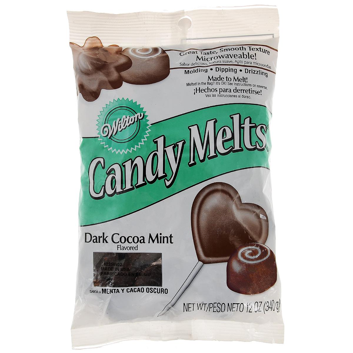 Тающая конфетка Wilton Candy Melts, цвет: шоколадный мятный, 340 гWLT-1911-1355Тающая конфетка Wilton Candy Melts используется для создания конфет, глазировки фруктов, печений, тортов и других кондитерских изделий. Имеет форму таблетки. С помощью таких конфет можно создавать кондитерские изделия различной формы. Растопить конфеты можно в микроволновой печи или на водяной бане, а затем залить в формочки. Когда масса застынет, просто переверните формочку и достаньте готовое изделие. Состав: сахар, частично гидрогенизированное пальмовое масло, какао пудра обработанная щелочью, сухой молочный сывороточный белок, соевый лецитин, соль, натуральный ароматизатор. Пищевая ценность на 100 г: жиры - 30 г, в т.ч. насыщенные жиры - 27,5 г, белок - меньше 2,5 г, углеводы - 65 г, в т.ч. сахар - 62,5 г, клетчатка - 2,5 г. Энергетическая ценность: 525 Ккал. Масса нетто: 340 г. Товар сертифицирован.