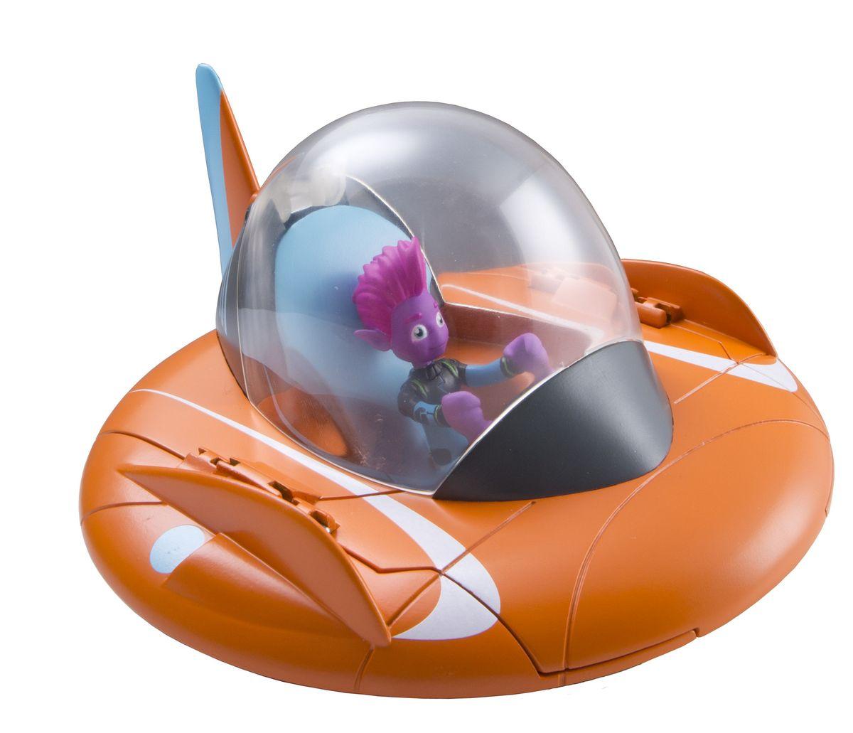 Miles from Tomorrowland Летающая тарелка86211Летающая тарелка Miles from Tomorrowland оранжевого цвета может трансформироваться в планетоход: у нее складываются боковые плоскости и выдвигаются шасси, которые позволяют передвигаться по любой поверхности. Фигурка Пипа входит в комплект. Маленький розовый инопланетянин очень органично смотрится за штурвалом своего летательного аппарата. Порадуйте своего ребенка любимым персонажем из мультфильма, и он поразит вас полетом и новыми приключениями хорошо знакомых героев.