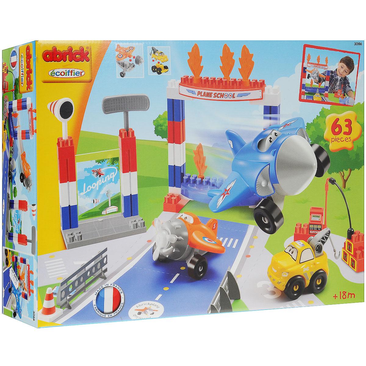 Ecoiffier Конструктор Летная школа3086Конструктор Ecoiffier Летная школа станет прекрасным подарком для вашего малыша, позволяя ему не только весело проводить время за сборкой, но и развиваться. Игровой набор состоит из 63 деталей конструктора, выполненных из безопасного высококачественного пластика ярких цветов (детали для сборки взлетной полосы, самолетов и машинки, детали декора, аксессуары). Из элементов конструктора малыш сможет собрать настоящую летную школу, где с любимыми самолетиками можно подготовиться к участию в кругосветных гонках. С конструктором ребенок может играть как один, так и в компании друзей, придумывая свои интересные истории. Замечательная игрушка-конструктор не только развлечет вашего ребенка, но и будет развивать в игре его логические и творческие навыки, мелкую моторику рук, усидчивость и внимание.