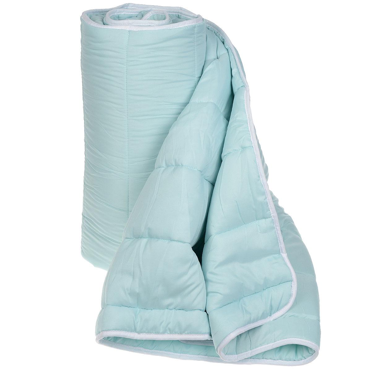 Одеяло всесезонное OL-Tex Miotex, наполнитель: полиэфирное волокно Holfiteks, 172 х 205 см МХПЭ-18-3МХПЭ-18-3_голубойВсесезонное одеяло OL-Tex Miotex создаст комфорт и уют во время сна. Стеганый чехол выполнен из полиэстера и оформлен красивым рисунком. Внутри - наполнитель из полиэфирного высокосиликонизированного волокна Holfiteks, упругий и качественный. Холфитекс - современный экологически чистый синтетический материал, изготовленный по новейшим технологиям. Его уникальность заключается в расположении волокон, которые позволяют моментально восстанавливать форму и сохранять ее долгое время. Изделия с использованием Холфитекса очень удобны в эксплуатации - их можно часто стирать без потери потребительских свойств, они быстро высыхают, не впитывают запахов и совершенно гиппоаллергенны. Холфитекс также обеспечивает хорошую терморегуляцию, поэтому изделия с наполнителем из холфитекса очень комфортны в использовании. Одеяло с наполнителем Холфитекс порадует вас в любое время года. Оно комфортно согревает и создает отличный микроклимат. За одеялом легко ухаживать, можно стирать в...