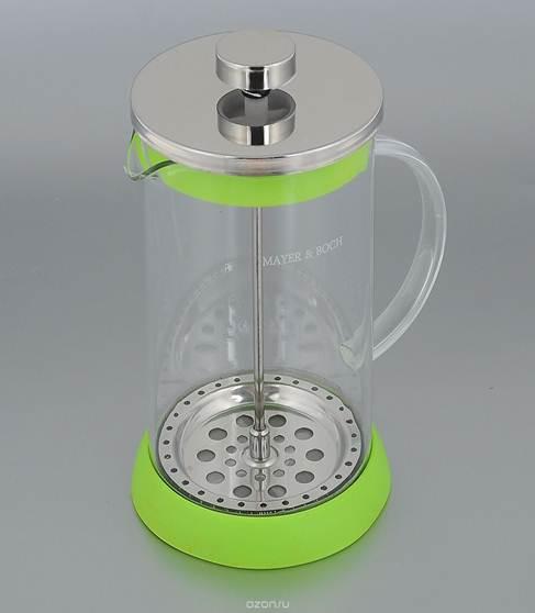 Френч-пресс Mayer & Boch, цвет: зеленый, 1 л. 2125221252_зеленыйФренч-пресс Mayer & Boch изготовлен их термостойкого стекла. Корпус оснащен удобной ручкой. Фильтр-поршень из нержавеющей стали обеспечивает равномерную циркуляцию воды и насыщенность напитка. С его помощью также можно регулировать степень крепости чая. Сбоку стеклянной колбы имеется носик для удобного слива жидкости. Яркая подставка из инертного силикона препятствует скольжению френч-пресса по поверхности стола. Френч-пресс Mayer & Boch позволит быстро приготовить свежий и ароматный кофе или чай.