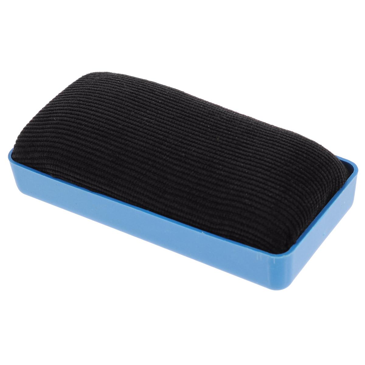 Губка для офисных досок Proff, цвет: синийPF-12403_синийГубка для офисных досок Proff - неотъемлемый атрибут любого офиса. Она предназначена специально для маркерных и меловых досок. Губка имеет прямоугольную форму. Верхняя ее часть изготовлена из пластика синего цвета с двумя магнитными полосками. Стирающий элемент выполнен из мягкой вельвета и поролона.