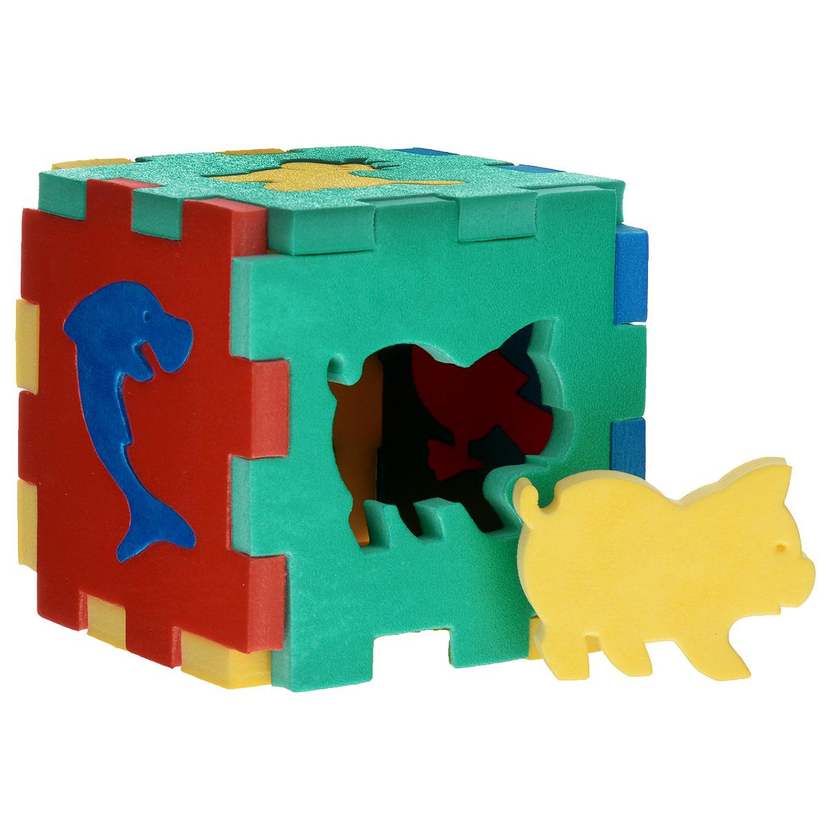 Флексика Мягкий конструктор Кубик с животными45403Мозаики и конструкторы настолько универсальны и практичны, что с ними можно играть практически везде. Для производства игрушек используется современный, легкий, эластичный, прочный материал, который обеспечивает большую долговечность игрушек, и главное –является абсолютно безопасным для детей. К тому же, благодаря особой структуре материала и свойству прилипать к мокрой поверхности, мягкие конструкторы и мозаики являются идеальной игрушкой для ванны. Способствует развитию у ребенка мелкой моторики, образного и логического мышления, наблюдательности. Характеристики: Размер кубика: 10,5 см x 10,5 см x 10,5 см. Производственная фирма Тедико зарекомендовала себя на рынке отечественных товаров как производитель высококачественных конструкторов и мозаик серии Флексика. Богатый ассортимент включает в себя игрушки для малышей и детей старшего возраста. УВАЖАЕМЫЕ КЛИЕНТЫ! Обращаем ваше внимание на возможные...