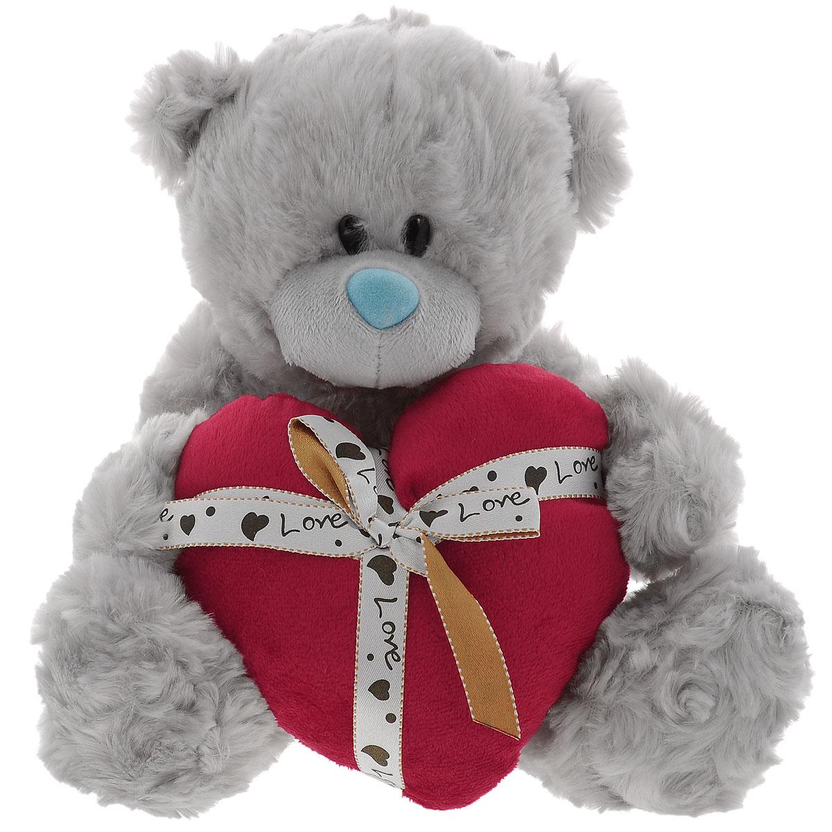 Мягкая игрушка Plush Apple Медведь с сердцем, 20 смK75313Е2Мягкая игрушка Plush Apple Медведь с сердцем выполнена в виде трогательного медвежонка. Игрушка изготовлена из высококачественных текстильных материалов. Специальные гранулы, используемые при ее набивке, способствуют развитию мелкой моторики рук малыша. Глазки выполнены из пластика. В лапках медвежонок держит красное сердце, которое украшено ленточкой с бантиком и надписью Love. Удивительно мягкая игрушка принесет радость и подарит своему обладателю мгновения нежных объятий и приятных воспоминаний.