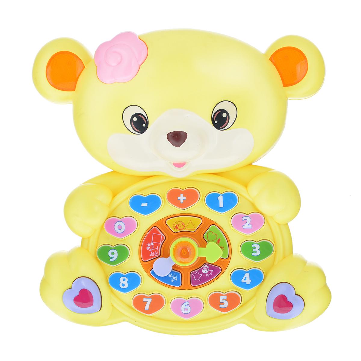Tongde Развивающая игрушка Веселый мишуткаВ72298Развивающая игрушка Веселый мишутка станет отличным подарком для вашего любимого чада. Вместе с мишуткой малыш легко сможет выучить цифры от 1 до 9, цвета (зеленый, желтый, красный, фиолетовый, синий), геометрические фигуры (звезда, сердце, квадрат, круг, треугольник и проверить свои знание), названия животных, а так же послушать забавные мелодии. Необходимо докупить 3 батарейки напряжением 1,5V типа АА (не входят в комплект).