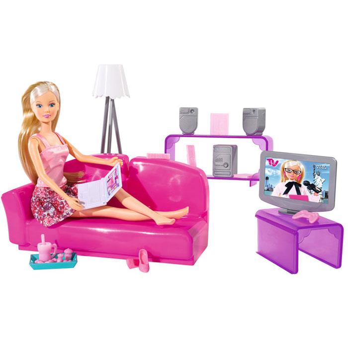 Simba Игровой набор с куклой Штеффи в гостиной комнате5730408Кукла Simba Штеффи в гостиной комнате надолго займет внимание вашей малышки и подарит ей множество счастливых мгновений. Кукла изготовлена из пластика, ее голова, ручки и ножки подвижны, что позволяет придавать ей разнообразные позы. Штеффи отдыхает у себя дома перед телевизором на удобном диване. Гостиная выполнена в розовом цвете и обставлена всем необходимым для проживания Штеффи. В комплекте с куклой диван, телевизор на столике, торшер, книжная полка, музыкальный центр с двумя колонками, поднос со сладостями, ноутбук, телефон, джойстик, кружка с ложкой и книжка с фоторамкой. Кукла одета в розовую маечку и пышную юбку. Наряд дополняют розовые туфельки на каблуках. Благодаря играм с куклой, ваша малышка сможет развить фантазию и любознательность, овладеть навыками общения и научиться ответственности, а дополнительные аксессуары сделают игру еще увлекательнее. Порадуйте свою принцессу таким прекрасным подарком!