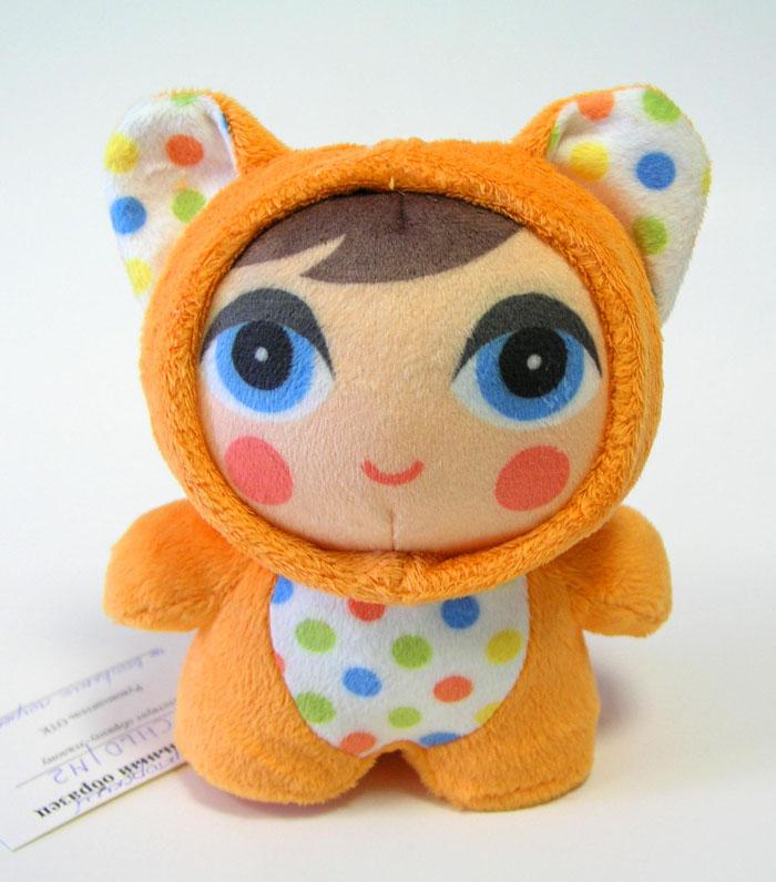 Mommy Love Глазки в глазкиCHL0\M2Идея игрушек – маленькие человечки в костюмах зверюшек. В каждом человечке имеется погремушка, в ушках «шуршалки»Могут использоваться как подвески.Реализована идея – «игрушки с большими глазами ускоряют социализацию малыша»
