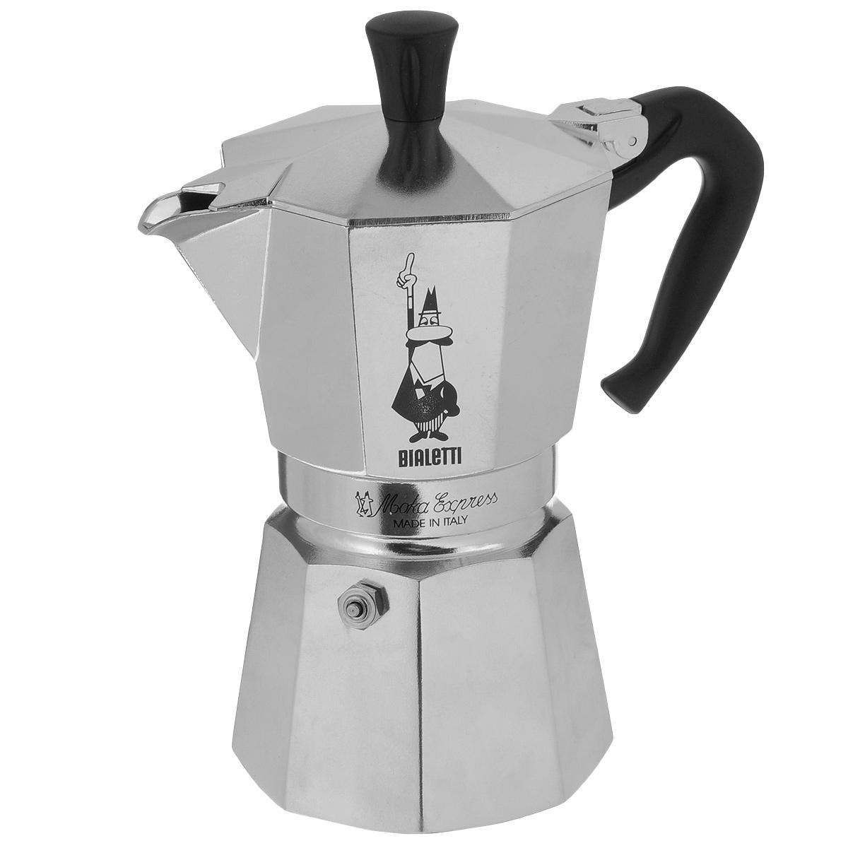 Кофеварка гейзерная Bialetti Moka Express, на 6 чашек, 300 мл1163Компактная гейзерная кофеварка Bialetti Moka Express изготовлена из высококачественного алюминия. Объема кофе хватает на 6 чашек. Изделие оснащено удобной пластиковой ручкой. Принцип работы такой гейзерной кофеварки - кофе заваривается путем многократного прохождения горячей воды или пара через слой молотого кофе. Удобство кофеварки в том, что вся кофейная гуща остается во внутренней емкости. Гейзерные кофеварки пользуются большой популярностью благодаря изысканному аромату. Кофе получается крепкий и насыщенный. Теперь и дома вы сможете насладиться великолепным эспрессо. Подходит для газовых, электрических и стеклокерамических плит. Нельзя мыть в посудомоечной машине. Объем: 300 мл.