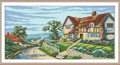 Набор для изготовления картины со стразами Cristal Дорога к дому, 55 см х 42 см7707825Набор для изготовления картины со стразами Cristal Дорога к дому поможет вам создать свой личный шедевр. Работа, выполненная своими руками, станет отличным подарком для друзей и близких! В набор входит: - полотно-схема с условными обозначениями и клеевым слоем; - пластиковое блюдце; - стразы (43 цвета); - пинцет. УВАЖАЕМЫЕ КЛИЕНТЫ! Обращаем ваше внимание, на тот факт, что рамка в комплект не входит, а служит для визуального восприятия товара.