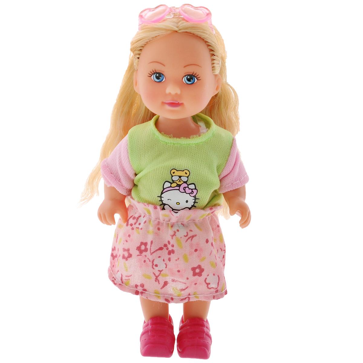 Simba Кукла Hello Kitty: Еви, цвет: салатовый, розовый5733512Кукла Simba Hello Kitty: Еви порадует вашу малышку и доставит ей много удовольствия от часов, посвященных игре с ней. Кукла одета в симпатичное платье с рисунком Hello Kitty, и розовые ботиночки, а на голове ее - очки. Кукла имеет красивые светлые волосы, которые можно заплетать в различные прически. Голова, ручки и ножки куклы поворачиваются, что сделает игру с ним еще реалистичнее и интереснее. Порадуйте свою малышку таким великолепным подарком.