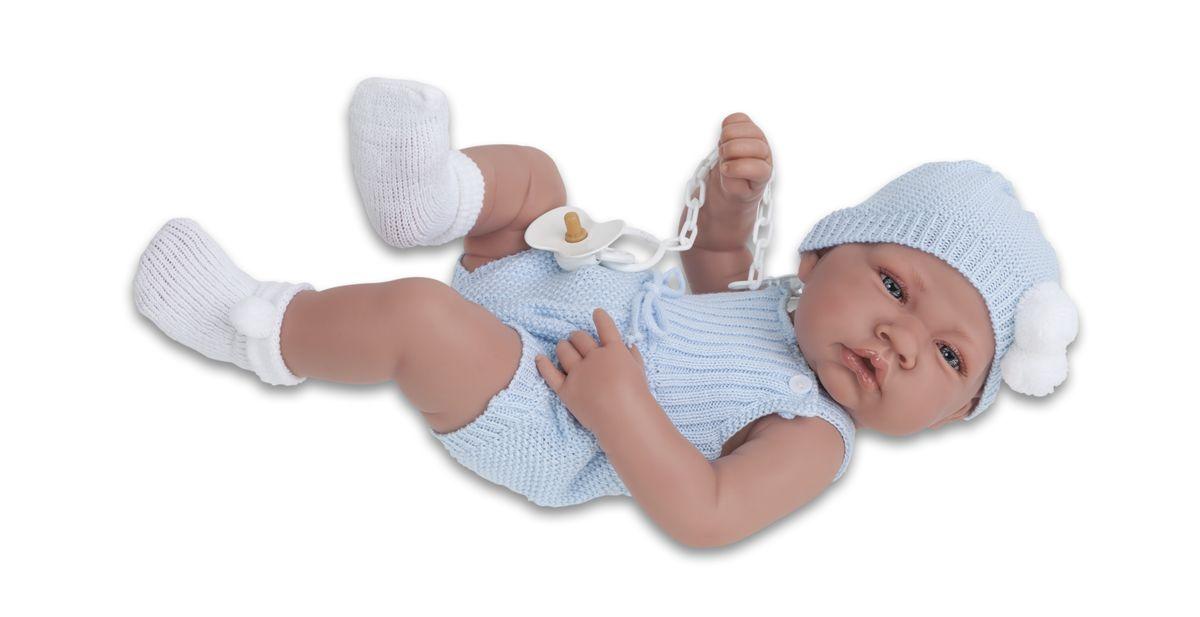 Munecas Antonio Juan Пупс Хосе5067BОбразы малышей разработаны известными европейскими дизайнерами. Куклы натуралистичны, анатомически точны, с подвижными ручками и ножками, копируют настоящих младенцев. Полностью изготовлены из высококачественного винила с покрытием софт тач, мягкого и приятного на ощупь. Производятся в Испании. Для детей от 3-х лет.