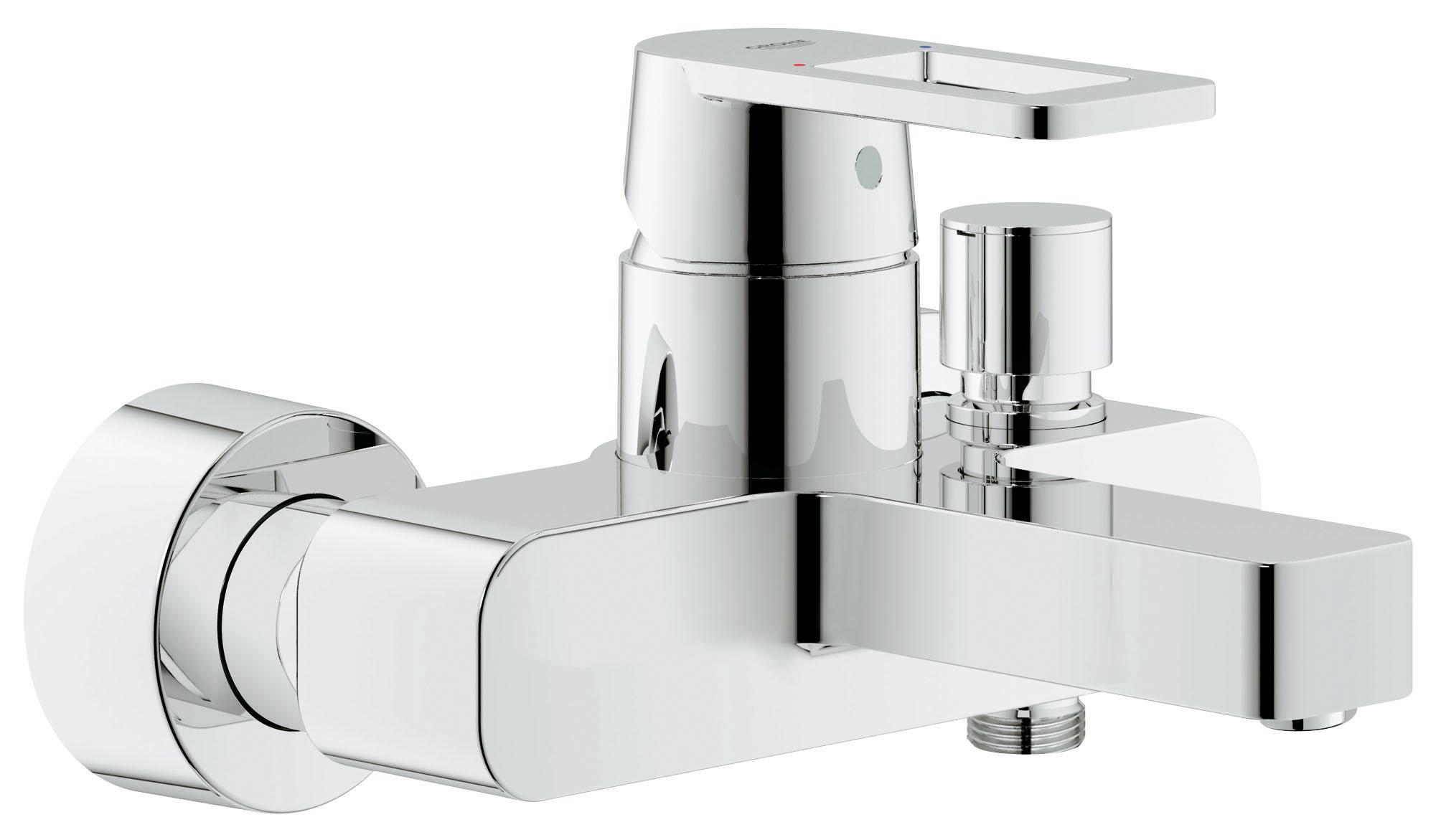 Смеситель для ванны GROHE Quadra (32638000)32638000Настенный монтаж GROHE SilkMove керамический картридж O 46 мм GROHE StarLight хромированная поверхность Регулировка расхода воды Автоматический переключатель: ванна/душ Аэратор Отвод для душа снизу 1/2? со встроенным обратным клапаном Скрытые S-образные эксцентрики С защитой от обратного потока Видео по установке является исключительно информационным. Установка должна проводиться профессионалами!