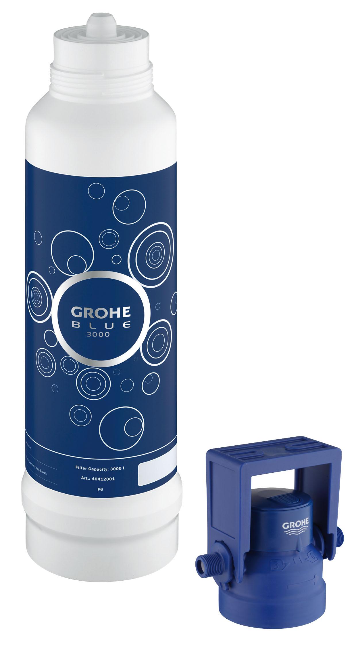 Фильтр сменный для водных систем Grohe Blue, с подключением для фильтра, 3000 л4041200XGROHE Blue. Cовершенный вкус питьевой воды. Вода – это не только самый ценный ресурс на планете, но и основа существования всего живого. Основой репутации компаний GROHE и BWT – европейских лидеров сферы водопользования – являются принципы безопасности, гигиеничности и высочайшие стандарты качества. Объединив свои наработки и опыт, мы создали принципиально новые системы подачи воды. Инновационные устройства серии GROHE Blue превращают водопроводную воду в чистейшую питьевую.Эту воду Вы будете с наслаждением использовать ежедневно. Фильтры GROHE Blue понижают содержание извести в водопроводной воде и превращают ее в приятную на вкус и пригодную для питья. Уникальная технология 5-ступенчатой фильтрации очищает воду от всех примесей, ухудшающих ее вкус и запах. В результате получается чистейшая вода – без тяжелых металлов, примесей, извести и хлора. Как работает фильтр GROHE Blue: 1) Предварительная фильтрация - предварительная грубая очистка от частиц, попадающих в воду при ее...