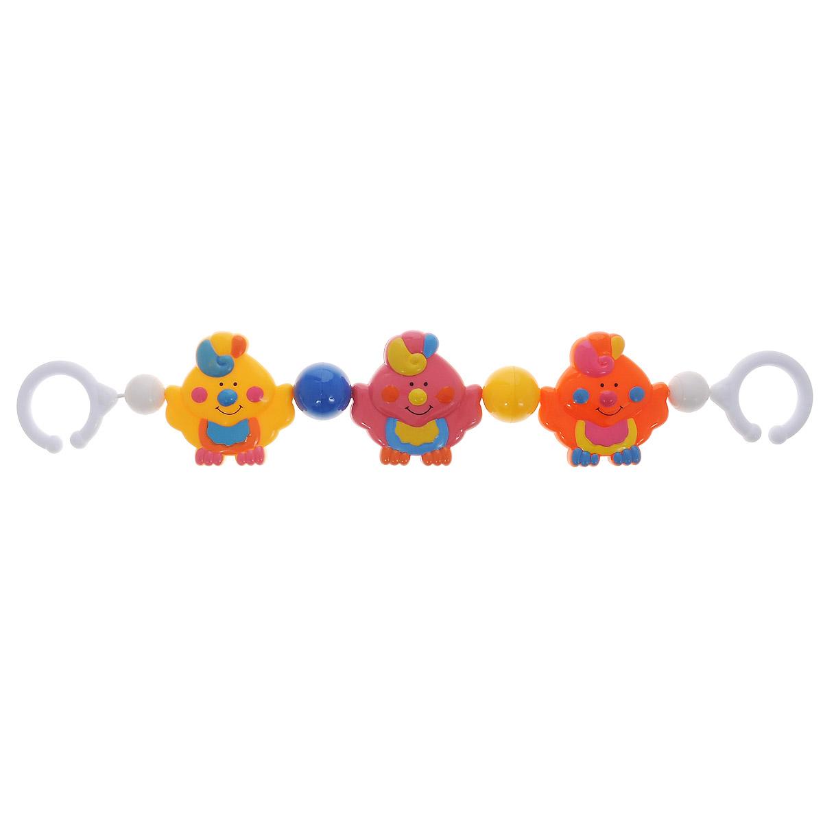 Canpol Babies Погремушка-подвеска на коляску Птички2/161_птичкиПогремушка-подвеска на коляску Canpol Babies Птички выполнена из безопасного качественного пластика ярких цветов. Красочная погремушка крепится на коляску и делает ежедневные прогулки более интересными для малыша. Разнообразные формы, цвета и звуки стимулируют развитие крохи. Фигурки в виде забавных птичек легко хватать маленькими пальчиками, что способствует развитию мелкой моторики ребенка.
