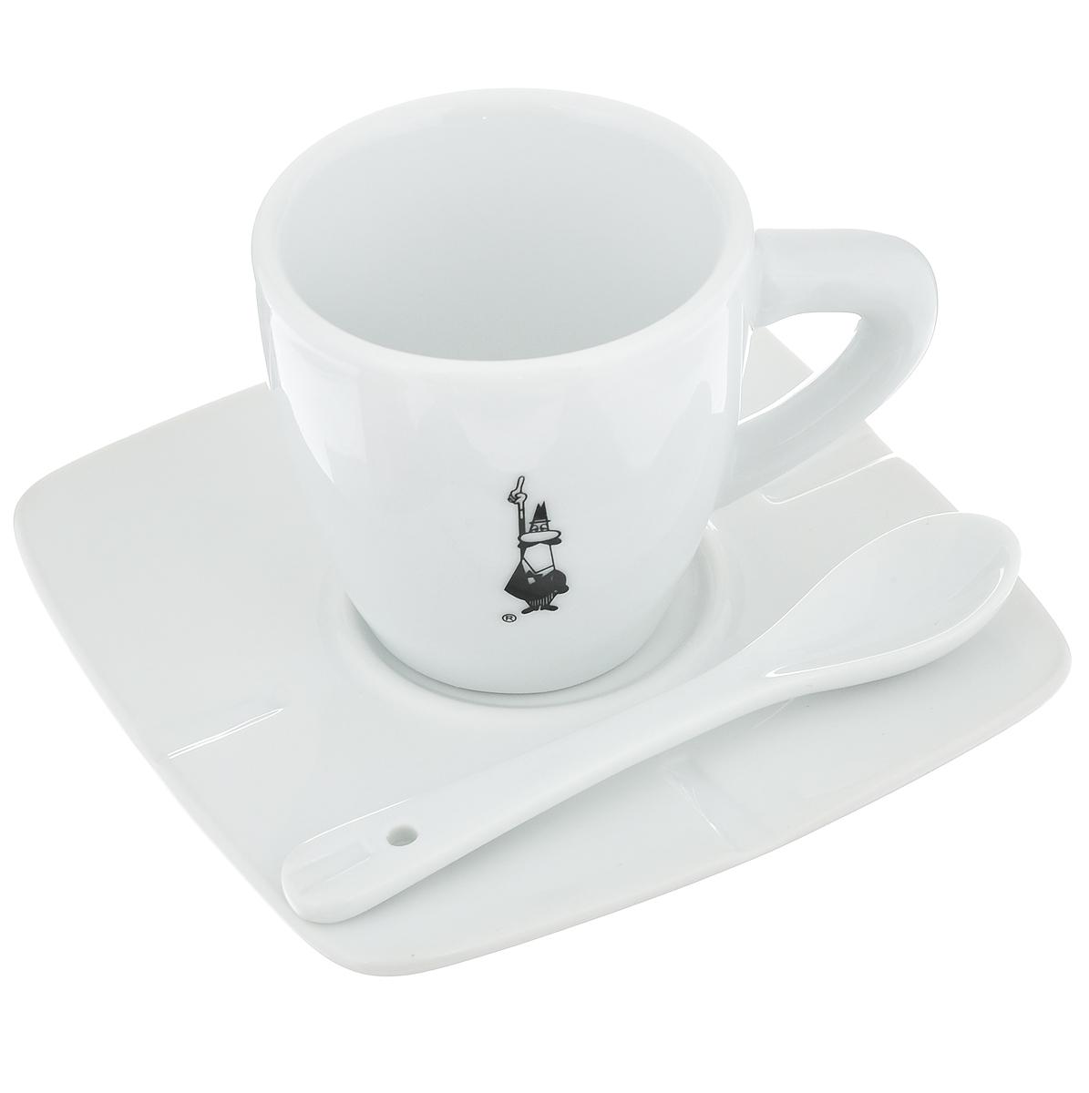 Набор для кофе Bialetti, цвет: белый, черный, 3 предмета98920020Набор для кофе Bialetti состоит из чашки, блюдца и ложки, изготовленных из фарфора. Набор классического дизайна станет изысканным и желанным подарком любителю настоящего кофе. Можно мыть в посудомоечной машине. Объем чашки: 80 мл. Высота чашки: 6 см. Диаметр чашки: 6 см. Размер блюдца: 11,4 см х 11,4 см. Длина ложки: 10,5 см. Размер рабочей части ложки: 3,5 см х 2 см. Дизайн: Италия.