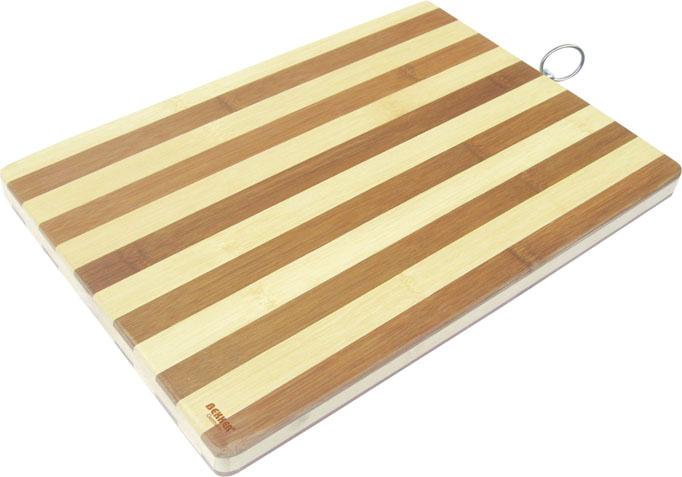 Доска разделочная Bekker, бамбуковая, 40 х 30 см. BK-9708BK-9708Прямоугольная разделочная доска Bekker изготовлена из высококачественной древесины бамбука, обладающей антибактериальными свойствами. Бамбук - инновационный материал, идеально подходящий для разделочных досок. Доски из бамбука обладают высокой плотностью структуры древесины, а также устойчивы к механическим воздействиям. Доска оснащена специальной металлической петелькой для подвешивания. Функциональная разделочная доска Bekker прекрасно впишется в интерьер любой кухни и прослужит вам долгие годы.