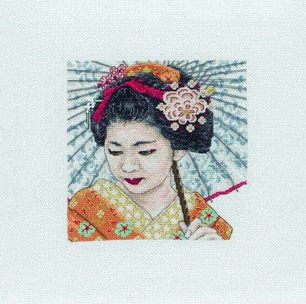 Набор для вышивания крестом Anchor Geisha Portrait, 13 x 13 см5678000-05031Набор для вышивания крестом Anchor Geisha Portrait поможет вам создать свой личный шедевр - красивую картину, вышитую нитками мулине в технике счетный крест. Работа, выполненная своими руками, станет отличным подарком для друзей и близких! Набор содержит: - канва Aida 18 (100% хлопок) без рисунка, размер канвы 32 см х 32 см, - нитки мулине (100% хлопок): 27 цветов, - игла, - нитковдеватель, - бисер, - цветная схема, - инструкция на русском языке.