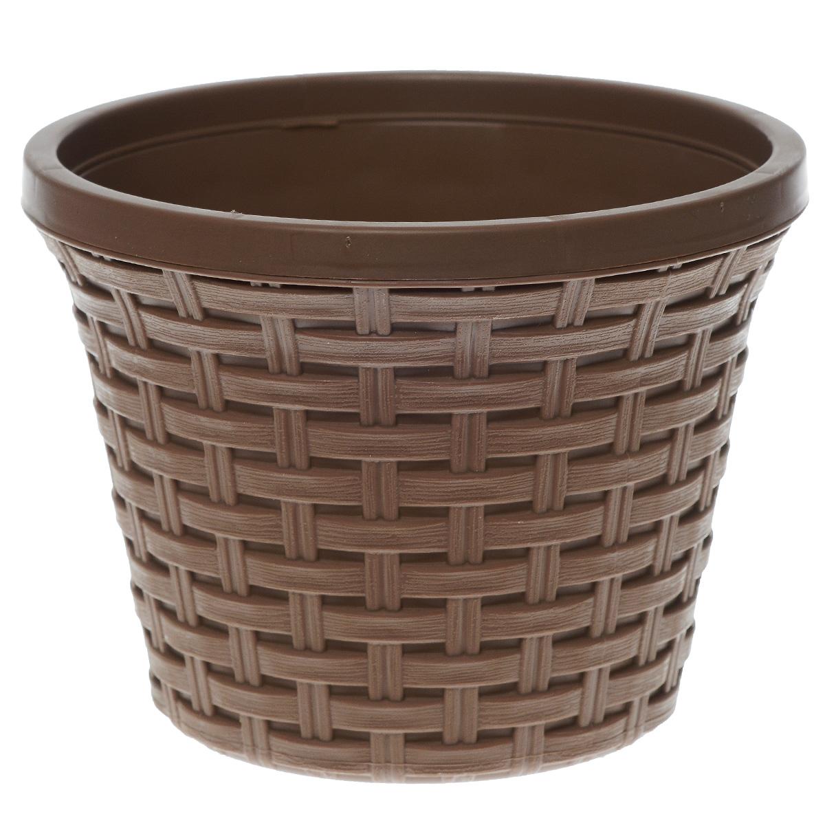 Кашпо Violet Ротанг, с дренажной системой, цвет: какао, 2,2 л32220/17Кашпо Violet Ротанг изготовлено из высококачественного пластика и оснащено дренажной системой для быстрого отведения избытка воды при поливе. Изделие прекрасно подходит для выращивания растений и цветов в домашних условиях. Лаконичный дизайн впишется в интерьер любого помещения. Объем: 2,2 л.
