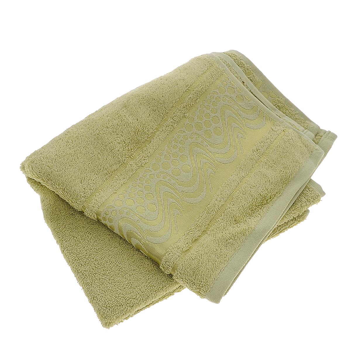 Полотенце Mariposa Aqua, цвет: светло-зеленый, 50 х 90 см62413Полотенце Mariposa Aqua, изготовленное из 60% бамбука и 40% хлопка, подарит массу положительных эмоций и приятных ощущений. Полотенца из бамбука только издали похожи на обычные. На самом деле, при первом же прикосновении вы ощутите невероятную мягкость и шелковистость. Таким полотенцем не нужно вытираться - только коснитесь кожи - и ткань сама все впитает! Несмотря на богатую плотность и высокую петлю полотенца, оно быстро сохнет, остается легким даже при намокании. Благородный тон создает уют и подчеркивает лучшие качества махровой ткани. Полотенце Mariposa Aqua станет достойным выбором для вас и приятным подарком для ваших близких.