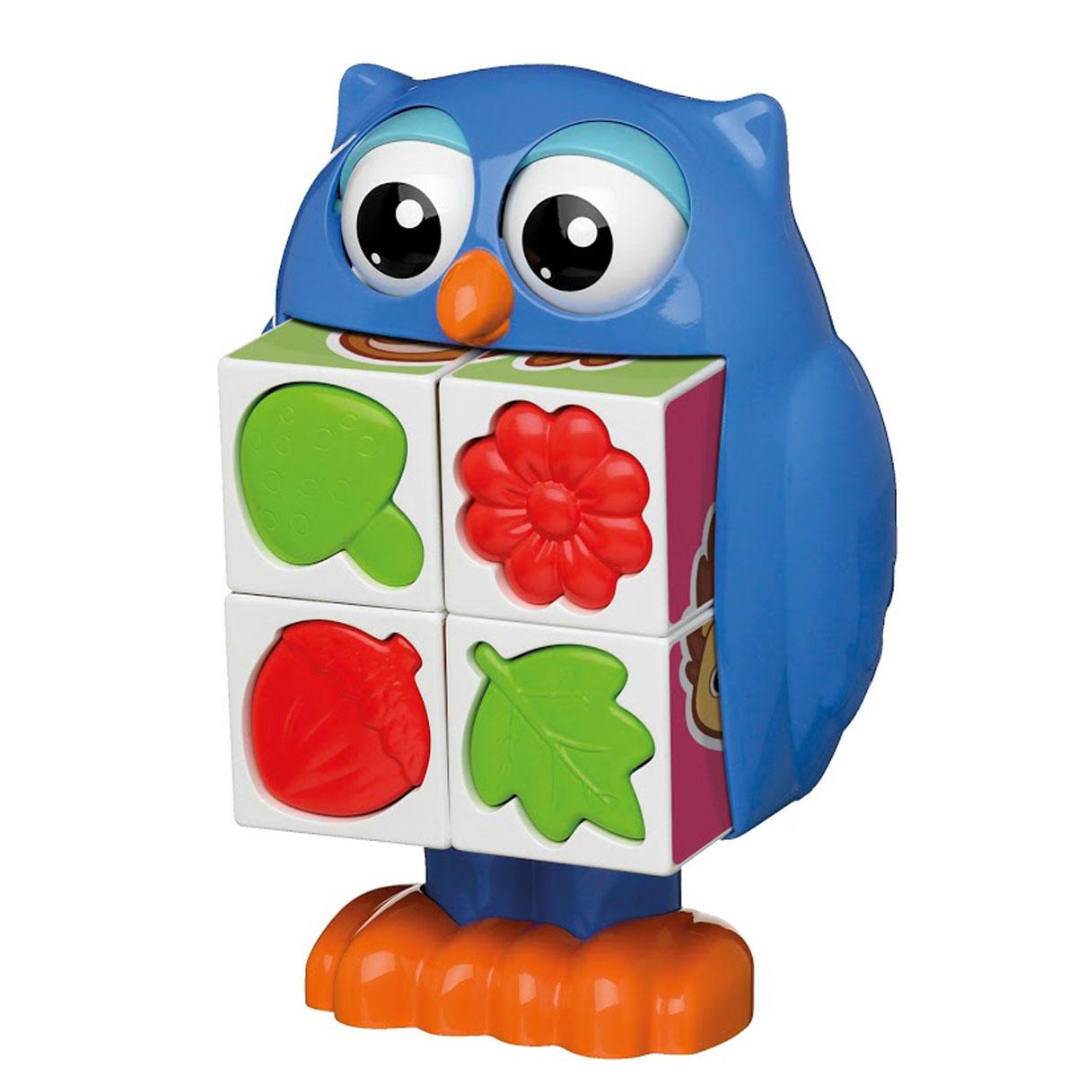 Tomy Развивающая игрушка Кубики-загадки от профессора СовыE72100RUРазвивающая игрушка Кубики-загадки от профессора Совы обязательно понравится малышам. Чтобы начать игру, кроха должен нажать на голову совы и из ее животика выпадут четыре кубика. Из кубиков ребенок сможет собрать простые картинки. Кроме того, на одной из сторон каждого кубика малыш найдет формочку в виде цветка, листочка, желудя или гриба, с ней можно играть отдельно, например, брать с собой в песочницу. Игрушка выполнена из высококачественного пластика, не имеет острых углов и мелких деталей, безопасна для детей. Игра с кубиками поможет крохе развить внимание, моторику и память. Кубики-загадки развивают мышление ребенка, помогают ему понять соотношение частей и целого изображения.