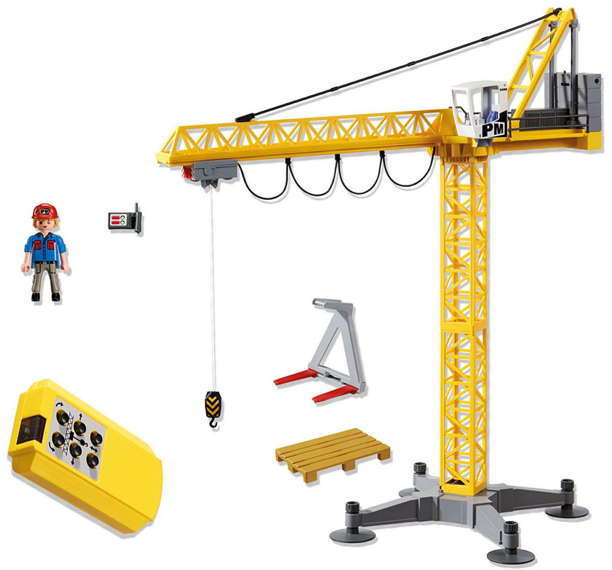 Playmobil Большой строительный кран на инфракрасном управлении5466Игровой набор Playmobil обязательно понравится вашему ребенку. Он выполнен из безопасного пластика и включает большой строительный кран на инфракрасном управлении, пульт управления и аксессуары для игры. Большой строительный кран необходим на любой стройке. С его помощью можно легко переносить самые тяжелые грузы. Кран управляется с ИК-пульта и действует очень точно. Крюк крана перемещается с высокой точностью. У фигурки работника подвижные части тела; в руках он может удерживать предметы. Ваш ребенок с удовольствием будет играть с набором, придумывая захватывающие истории. Рекомендуемый возраст: от 5 до 10 лет. Для работы крана необходимо докупить 4 батарейки напряжением 1,5V типа АА (не входят в комплект). Для работы пульта управления необходимо докупить 2 батарейки напряжением 1,5V типа АА (не входят в комплект).