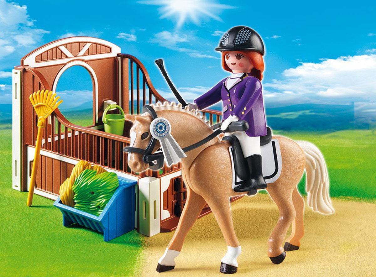 Playmobil Игровой набор Лошадка для прогулок и загон5520Игровой набор Playmobil Лошадка для прогулок и загон понравится любой девочке, увлекающейся конным спортом. В комплект входят: фигурка наездницы, фигурка лошадки, стойло, а также разнообразные аксессуары и элементы декора. Элементы набора выполнены из прочного пластика ярких цветов и легко соединяются между собой. Руки и голова фигурки подвижны, а благодаря специальной форме ручек, она может держать различные небольшие предметы, входящие в набор. Жокей и лошадь готовятся к выступлению на скачках. После тренировки наездница заведет лошадку в стойло и накормит сеном и свежей травой. Игры с таким набором позволят ребенку весело провести время. А процесс сборки игрушки поможет малышу развить мелкую моторику пальчиков, внимательность и усидчивость. Порадуйте свою малышку такой чудесной игрушкой!