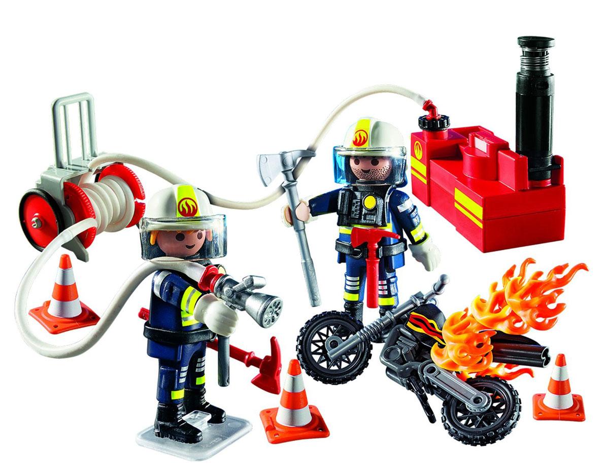 Playmobil Игровой набор Пожарники с водяным насосом5365pmИгровой набор Playmobil Пожарники с водяным насосом позволит малышу почувствовать себя храбрым пожарным. В комплект входят: 2 фигурки пожарных, насос, шланг, мотоцикл, а также разнообразные аксессуары и элементы декора. Элементы набора выполнены из прочного пластика ярких цветов и легко соединяются между собой. Руки и головы фигурок подвижны, а благодаря специальной форме ручек, они могут держать различные небольшие предметы, входящие в набор. Помоги храбрым пожарным погасить водяным насосом горящий мотоцикл на дороге. Нажми кнопку на насосе, и из шланга польется вода. Игры с таким набором позволят ребенку весело провести время. А процесс сборки игрушки поможет малышу развить мелкую моторику пальчиков, внимательность и усидчивость. Порадуйте своего малыша такой чудесной игрушкой!