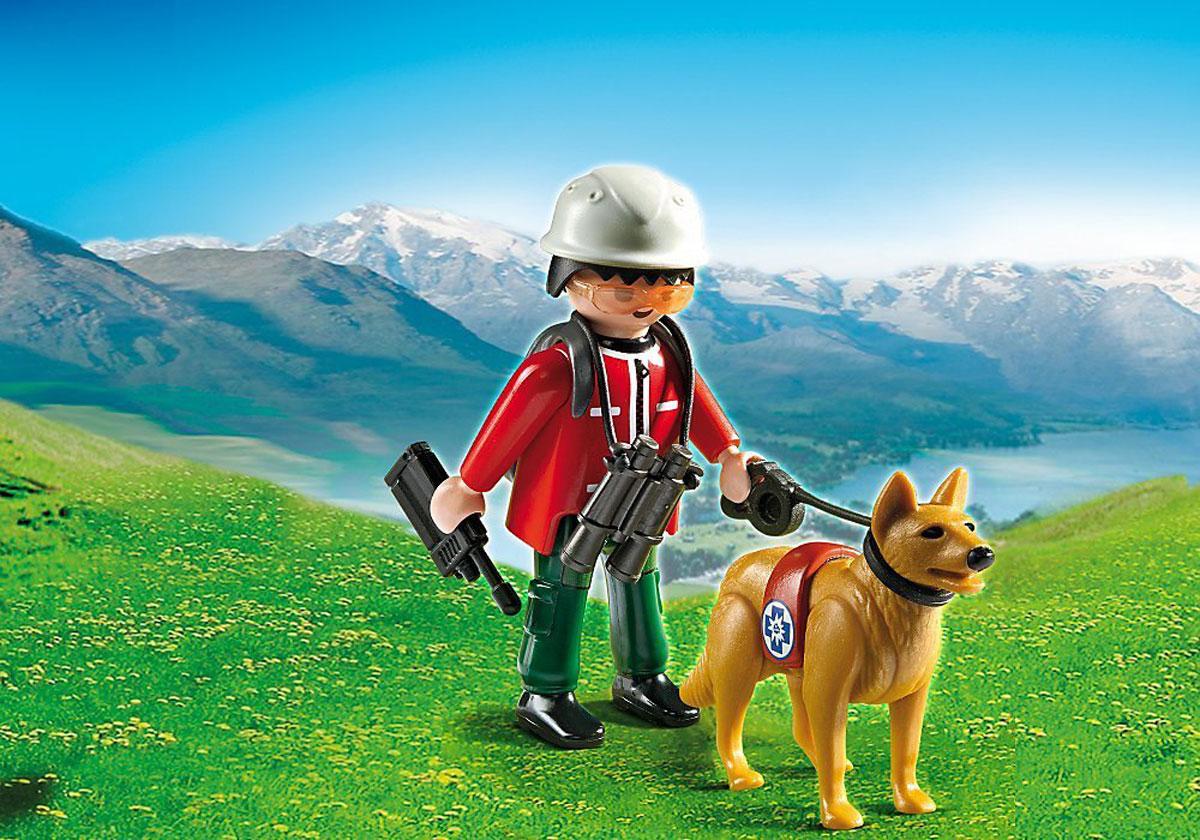 Playmobil Игровой набор Спасатель с собакой5431pmИгровой набор Playmobil Спасатель с собакой обязательно понравится вашему ребенку. Он выполнен из безопасного пластика и включает фигурки в виде спасателя и собаки и различные аксессуары для игры. У фигурки подвижные части тела; в руках она может удерживать предметы. Кто поможет найти потерявшихся туристов в горах? Конечно, спасатель с собакой. Эти животные специально обучены на поиск людей. А отважный спасатель знает, как оказать первую помощь. У него с собой рация, рюкзак и поводок для собаки. Когда он найдет пострадавших, он сообщит об этом по рации. Ваш ребенок с удовольствием будет играть с набором, придумывая захватывающие истории. Рекомендуемый возраст: от 4 до 10 лет.