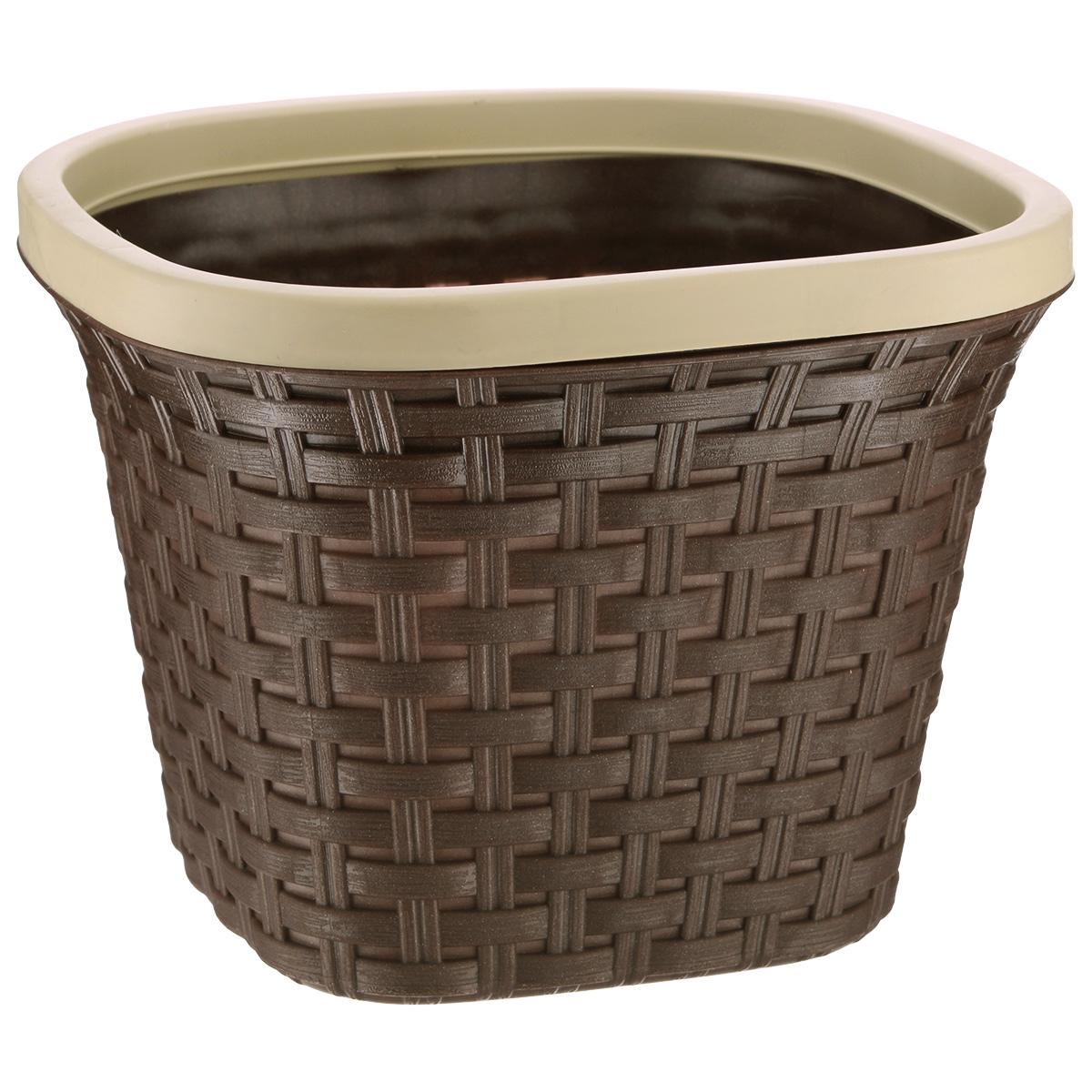 Кашпо квадратное Violet Ротанг, с дренажной системой, цвет: коричневый, 3,8 л33380/1Квадратное кашпо Violet Ротанг изготовлено из высококачественного пластика и оснащено дренажной системой для быстрого отведения избытка воды при поливе. Изделие прекрасно подходит для выращивания растений и цветов в домашних условиях. Лаконичный дизайн впишется в интерьер любого помещения. Объем: 3,8 л.