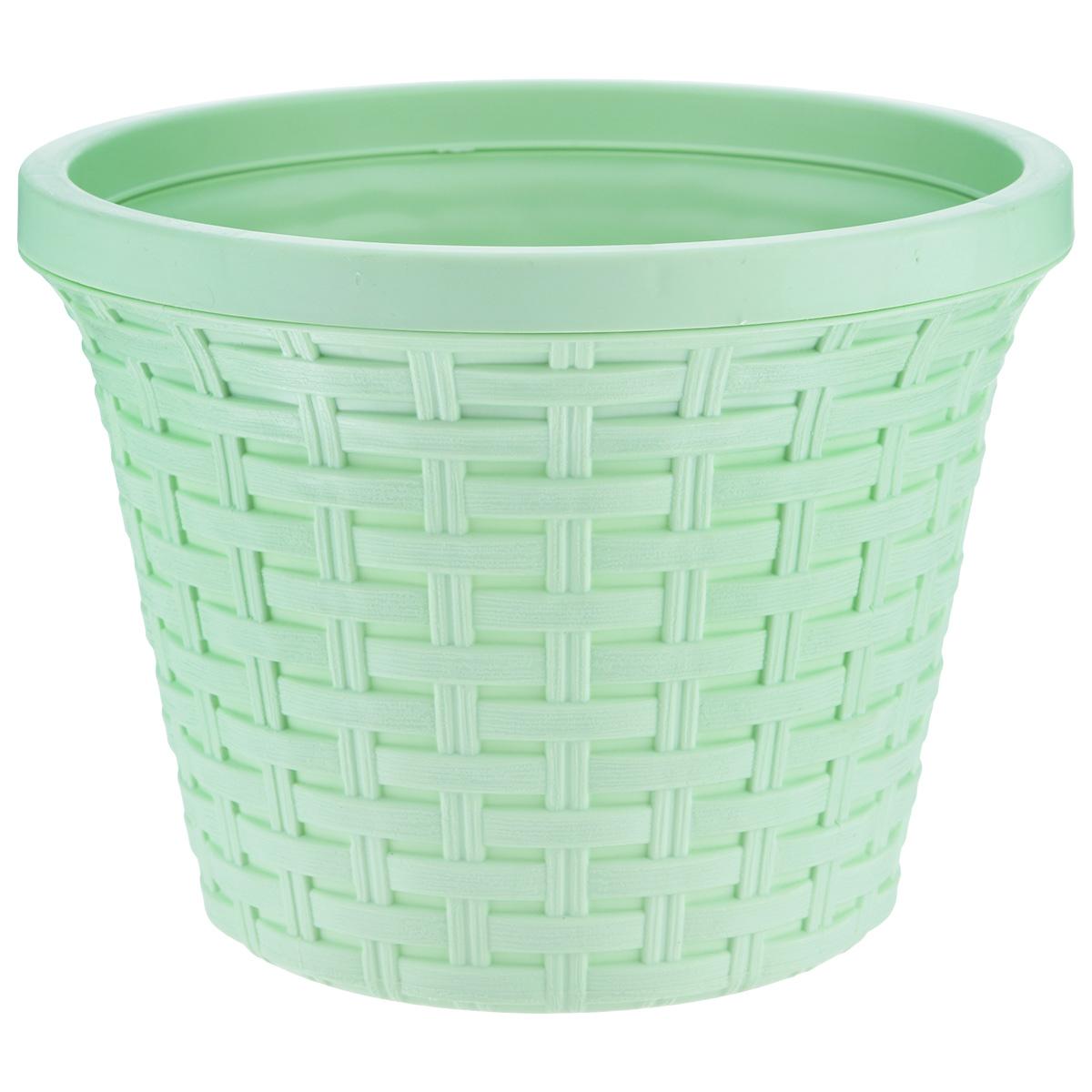 Кашпо Violet Ротанг, с дренажной системой, цвет: фисташковый, 4,8 л32480/18Кашпо Violet Ротанг изготовлено из высококачественного пластика и оснащено дренажной системой для быстрого отведения избытка воды при поливе. Изделие прекрасно подходит для выращивания растений и цветов в домашних условиях. Лаконичный дизайн впишется в интерьер любого помещения. Объем: 4,8 л.
