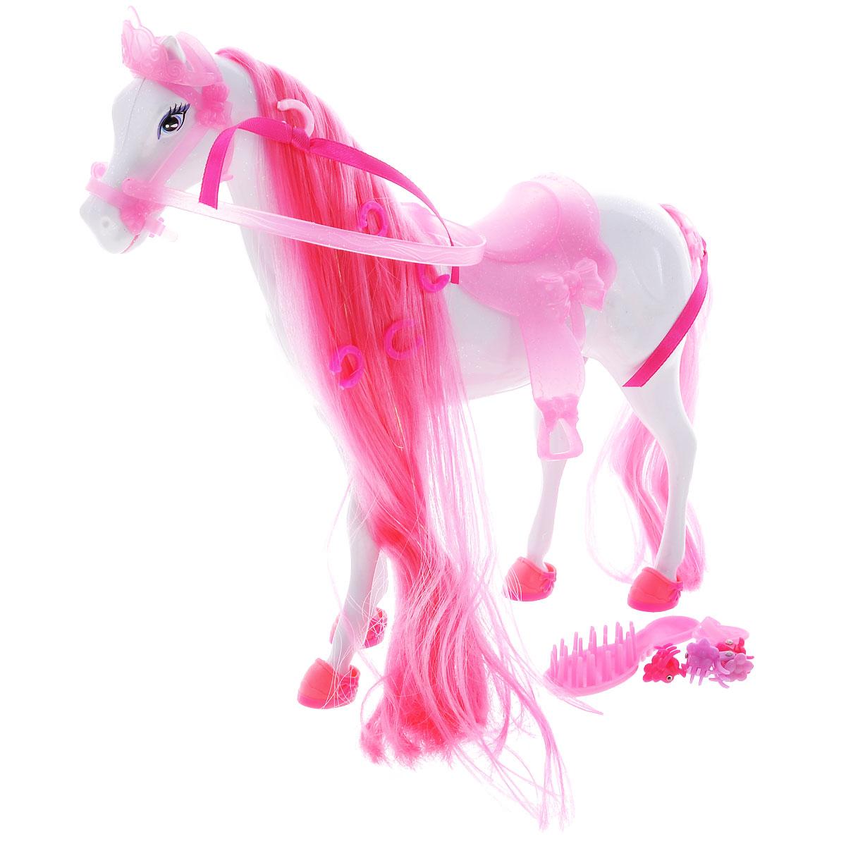 Simba Транспорт для кукол Лошадь для Штеффи4661840Игровой набор Simba Лошадь для Штеффи надолго займет внимание вашей малышки и подарит ей множество счастливых мгновений. У лошадки есть длинный хвост и шикарная грива из шелковистых волокон яркого цвета. Грива и хвост очень длинные, их можно расчесывать и заплетать косички. Глазки - нарисованные, очень добрые и выразительные. В комплекте с лошадью имеются 4 подковы-ботинка, седло, расческа, щетка и 4 заколки. Благодаря играм с куклой, ваша малышка сможет развить фантазию и любознательность, овладеть навыками общения и научиться ответственности, а дополнительные аксессуары сделают игру еще увлекательнее. Лошадка позволит увеличить количество игровых ситуаций с куклой Штеффи. Порадуйте свою принцессу таким прекрасным подарком!