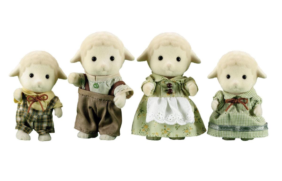 Sylvanian Families Набор фигурок Семья Овец3113Игровой набор Семья Овец состоит из четырех фигурок веселых овечек: мамы, папы, дочки и сына. Такая семья непременно понравится вашему малышу, и он сможет придумывать для них свои истории. Компания была основана в 1985 году, в Японии. Sylvanian Families очень популярен в Европе и Азии, и, за долгие годы существования, компания смогла добиться больших успехов. 3 года подряд в Англии бренд Sylvanian Families был признан Игрушкой Года. Сегодня у героев Sylvanian Families есть собственное шоу, полнометражный мультфильм и сеть ресторанов, работающая по всей Японии. А главным событием уходящего года стала премьера мюзикла. Sylvanian Families - это целый мир маленьких жителей, объединенных общей легендой. Жители страны Sylvanian Families - это кролики, белки, медведи, лисы и многие другие. У каждого из них есть дом, в котором есть все необходимое для счастливой жизни. В городе, где живут герои, есть школа, больница, рынок, пекарня, детский сад и множество...