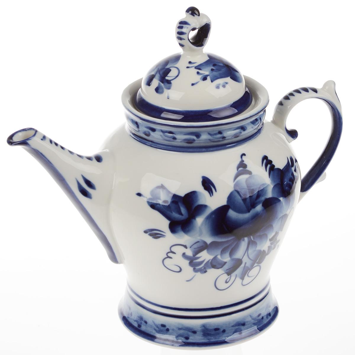 Чайник заварочный Юность, 1 л993065502Чайник заварочный Юность, изготовленный из высококачественной керамики, предназначен для красивой подачи чая. Чайник оформлен оригинальной гжельской росписью. Прекрасный дизайн изделия идеально подойдет для сервировки стола. Обращаем ваше внимание, что роспись на изделиях сделана вручную. Рисунок может немного отличаться от изображения на фотографии. Диаметр по верхнему краю: 8,5 см. Высота (без учета крышки): 14,5 см. Диаметр основания: 10 см.