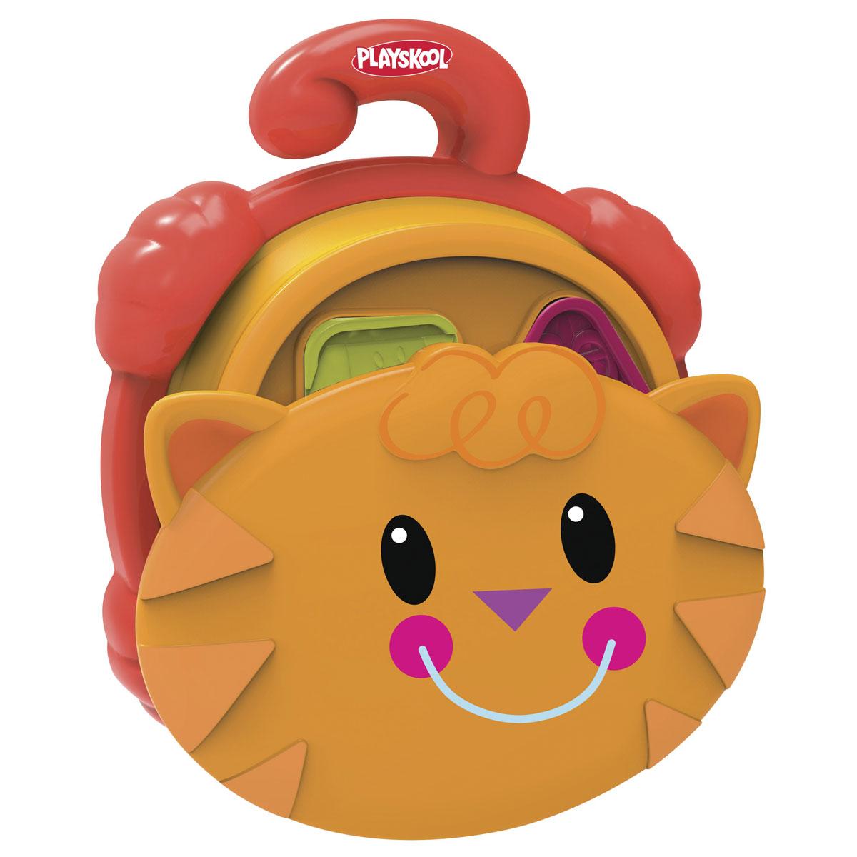 Playskool Развивающая игрушка-сортер Pop-Up Shape SorterB1914EU4Развивающая игрушка-сортер Playskool Pop-Up Shape Sorter непременно понравится вашему малышу. Она выполнена из прочного материала с использованием нетоксичных красок в виде веселой кошачьи мордочки. Игрушка представлена в виде емкости с отверстиями различной формы и набором фигурок, каждая из которых совпадает по форме с тем или иным отверстием. У этого сортера четыре вида отверстий и, соответственно, фигурок. Каждая фигурка разделяется на две части. Цель ребенка - положить все фигурки в емкость через отверстие соответствующей формы. Игрушку можно взять с собой в дорогу или в детский садик. Надавите ладонями на сортер сверху, и он сложится как телескоп, поместите фигурки внутрь и закройте крышку. В таком состоянии игрушка без труда помещается в сумку. Игры с игрушкой-сортером учат малыша лучше распознавать окружающие предметы, развивают моторику и логическое мышление.