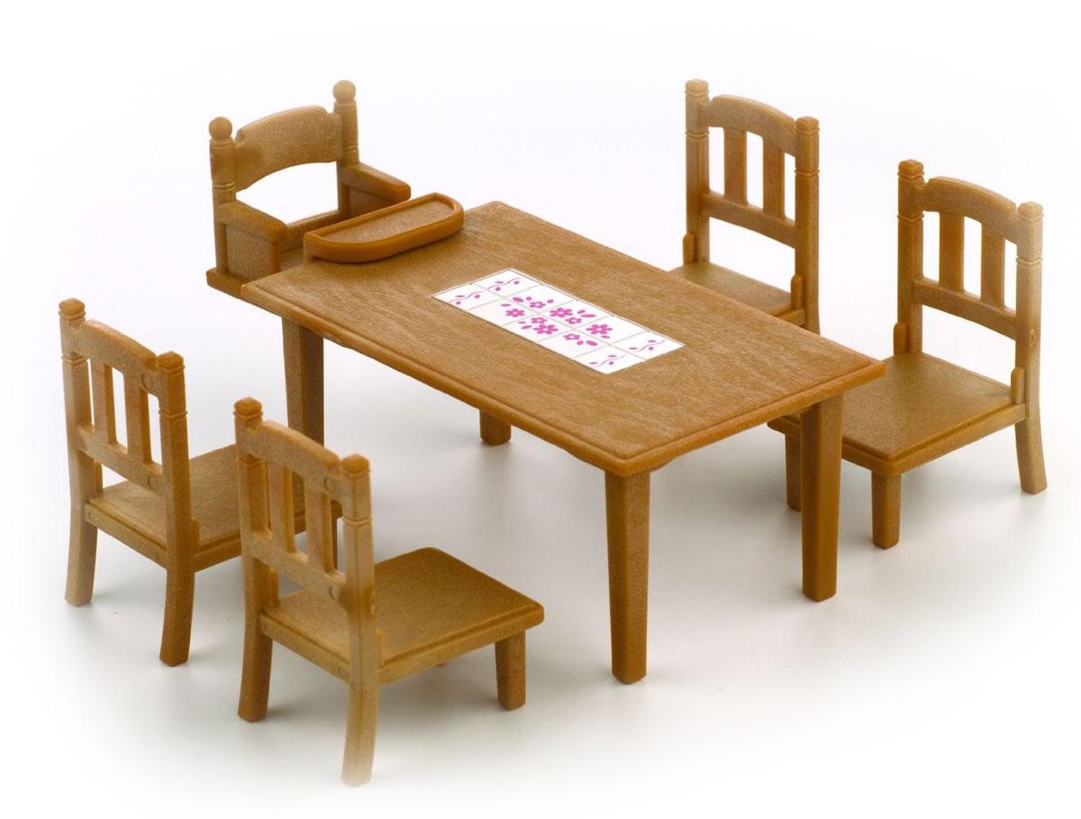 Sylvanian Families Игровой набор Обеденный стол с пятью стульями2933Игровой набор Обеденный стол с пятью стульями привлечет внимание вашего ребенка и станет отличным подарком для поклонников жителей чудесной страны Sylvanian Families. В комплект входит обеденный стол, четыре больших стула и один маленький стул. Фигурки в комплект не входят! Компания была основана в 1985 году, в Японии. Sylvanian Families очень популярен в Европе и Азии, и, за долгие годы существования, компания смогла добиться больших успехов. 3 года подряд в Англии бренд Sylvanian Families был признан Игрушкой Года. Сегодня у героев Sylvanian Families есть собственное шоу, полнометражный мультфильм и сеть ресторанов, работающая по всей Японии. Sylvanian Families - это целый мир маленьких жителей, объединенных общей легендой. Жители страны Sylvanian Families - это кролики, белки, медведи, лисы и многие другие. У каждого из них есть дом, в котором есть все необходимое для счастливой жизни. В городе, где живут герои, есть школа, больница, рынок,...