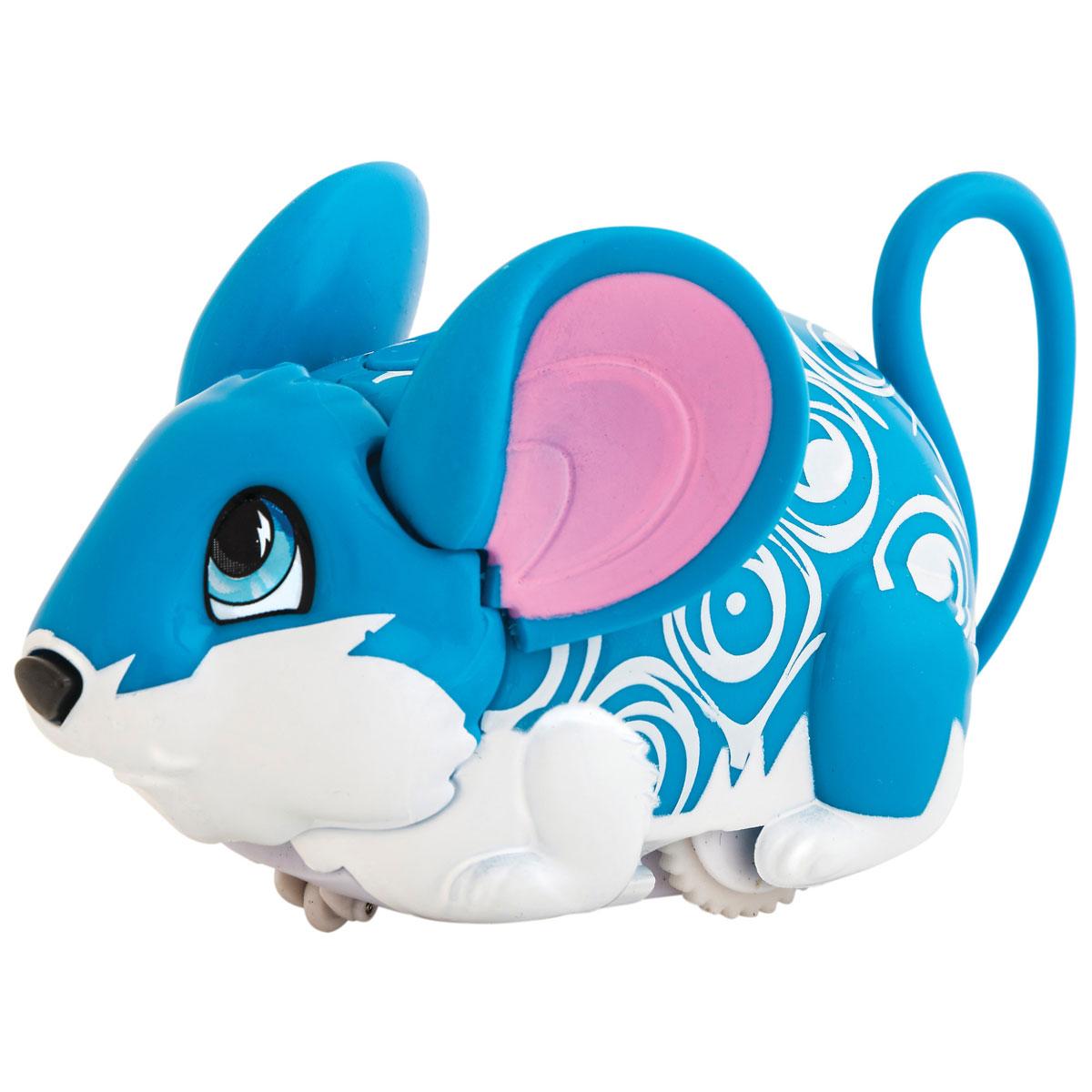 Amazing Zhus Игрушка Мышка-циркач Динамо26002Amazing Zhus Мышка-циркач Динамо - это забавная игрушка, выполненная в виде цирковой мышки длиной 11 см. Игрушка имеет 3 игровых режима. При нажатии на кнопку между ушками мышка начинает издавать забавные звуки каждые несколько секунд. При нажатии на кнопку на спине (режим исследования) мышка начинает изучать пространство, натыкаясь на препятствие, меняет направление и издает забавные звуки. При нажатии на носик - издает забавные звуки, а в режиме исследования нос используется как радар. В ассортименте Amazing Zhus есть множество цирковых аксессуаров для игры и фокусов с мышкой. Очаровательная мышка понравится и детям, и взрослым! Для работы игрушки необходимы 2 батарейки типа ААА (товар комплектуется демонстрационными).
