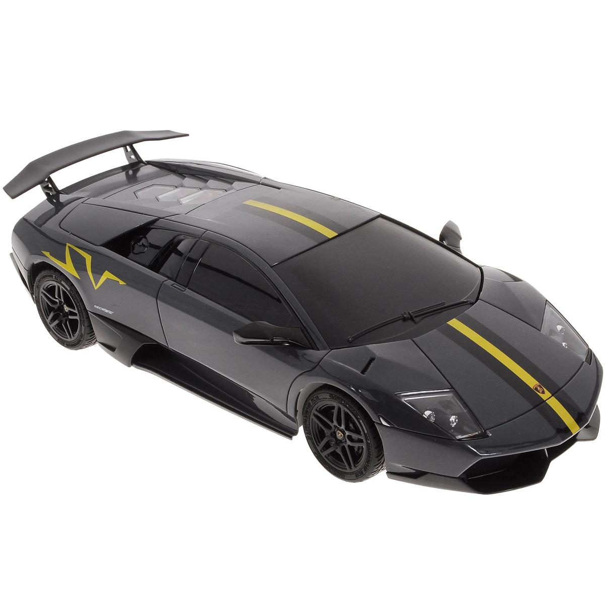 1Toy Радиоуправляемая модель Top Gear: Lamborghini Murcielago LP670-4, цвет: черныйТ56680Радиоуправляемая модель Top Gear: Lamborghini Murcielago LP670-4 является детальной копией существующего автомобиля в масштабе 1:18. Машинка изготовлена из прочного легкого пластика с элементами металла, колеса прорезинены. При помощи пульта управления автомобиль может перемещаться вперед, назад, поворачивать влево и вправо, останавливаться. Встроенные амортизаторы обеспечивают комфортное движение. При движении фары машинки светятся. В комплект входят машинка и пульт управления. Автомобиль отличается потрясающей маневренностью и динамикой. Ваш ребенок часами будет играть с моделью, устраивая захватывающие гонки. Машина работает от 4 батареек напряжением 1,5V типа АА (не входят в комплект). Пульт управления работает от 2 батареек напряжением 1,5V типа АА (не входят в комплект).