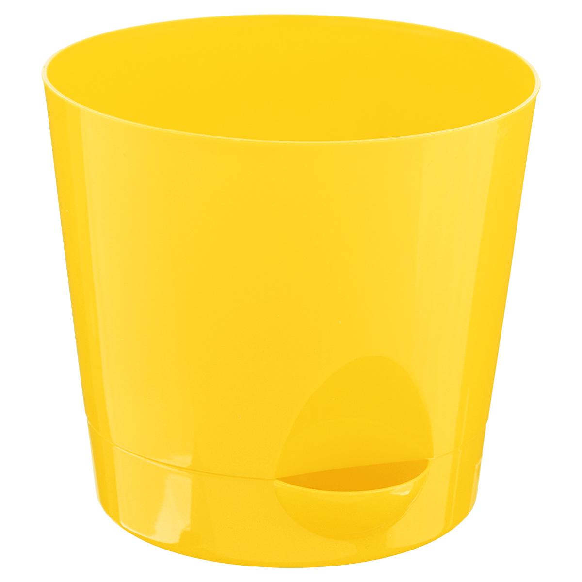 Кашпо Idea Ника, с прикорневым поливом, с поддоном, цвет: желтый, 1,6 лМ 3072Кашпо Idea Ника изготовлено из высококачественного полипропилена (пластика). В комплект входит поддон со специальной выемкой, благодаря которому имеется возможность прикорневого полива. Изделие подходит для выращивания растений и цветов в домашних условиях. Стильная яркая картинка сделает такое кашпо прекрасным дополнением интерьера. Объем горшка: 1,6 л. Диаметр горшка (по верхнему краю): 15 см. Высота горшка: 13,5 см. Диаметр подставки: 12,5 см.