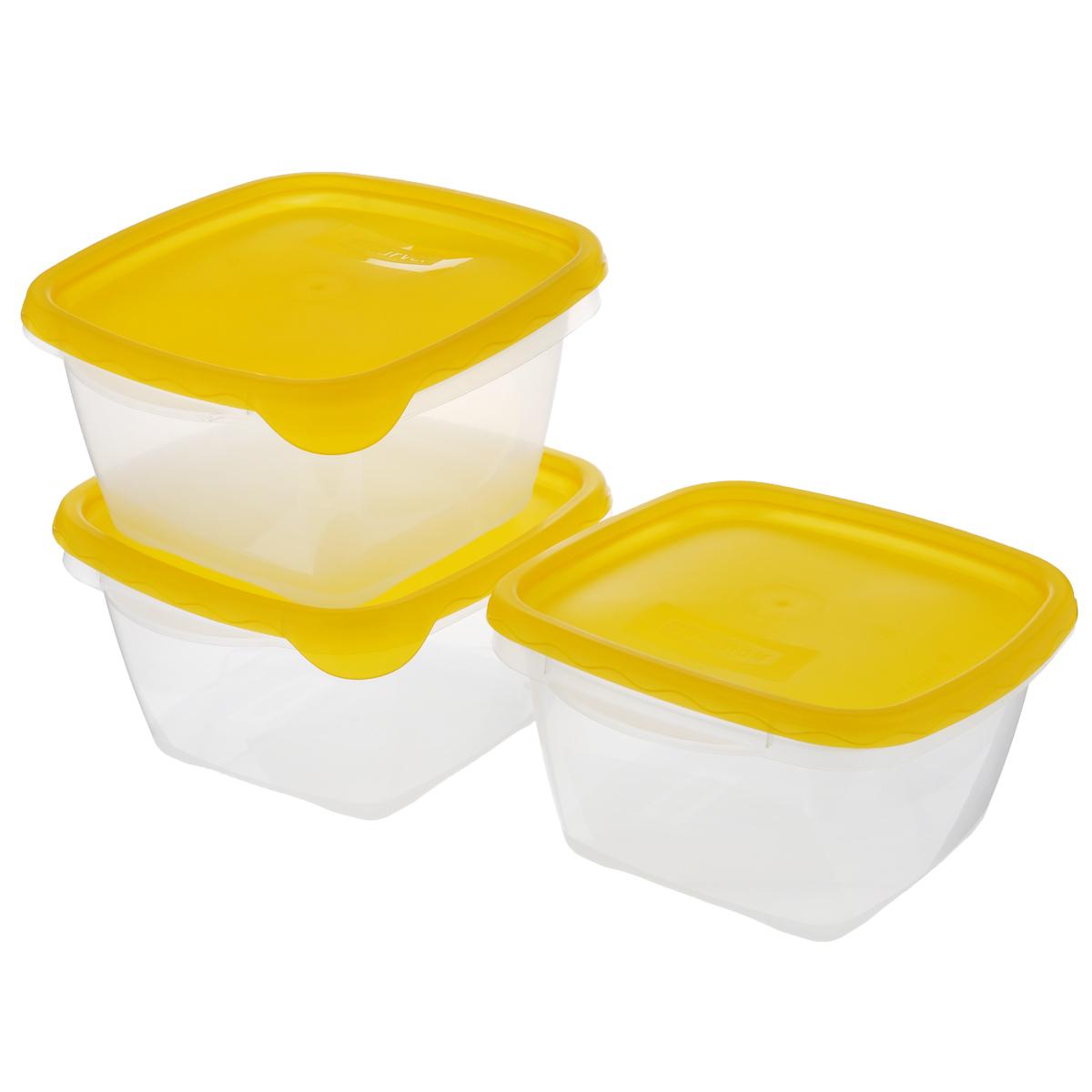 Набор пищевых контейнеров Curver Take Away, 1,2 л, 3 шт08323/цв 3Набор Curver Take Away состоит из 3 пищевых контейнеров одинакового размера. Контейнеры выполнены из высококачественного пищевого пластика. Крышка легко открывается и плотно закрывается с помощью легкого щелчка. Прозрачные стенки позволяют видеть содержимое. Контейнер имеет возможность хранения продуктов в холодильнике (до -20 °C), обладает высокой прочностью, можно использовать в микроволновых печах (до +100 °C), можно мыть в посудомоечной машине. Объем контейнера: 1,2 л.